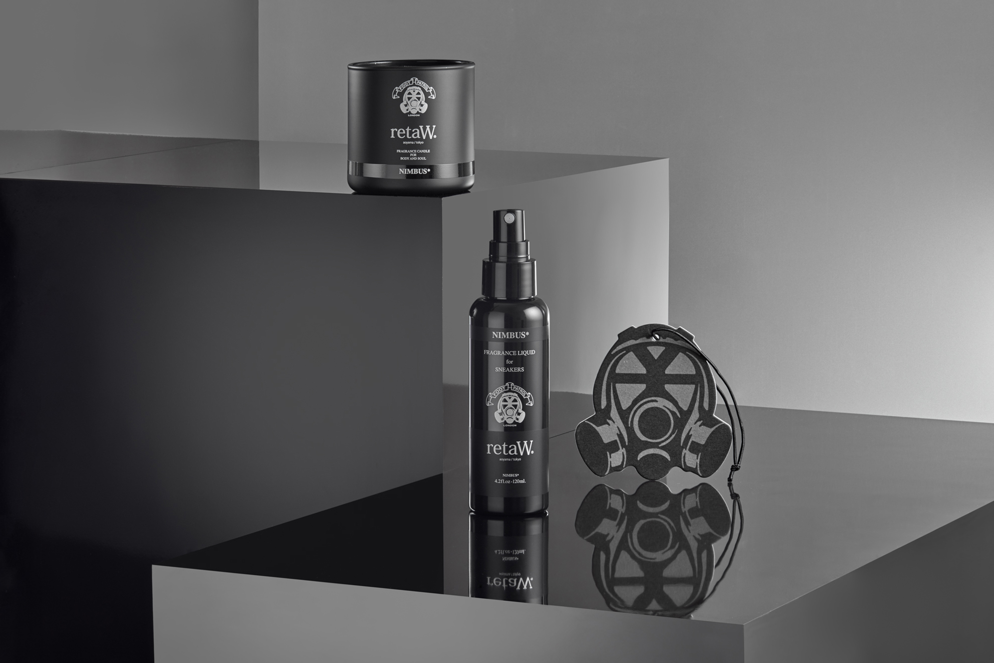 still life cosmetics shot on gloss luxury surface, product photography at its best form London product photographer based in croydon chris howlett photography