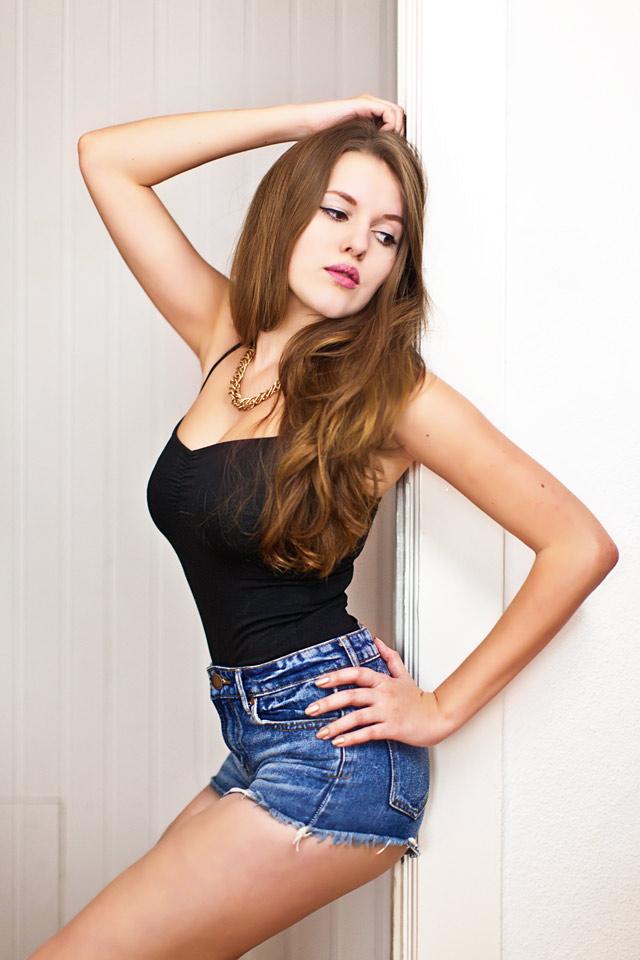 Lena-02.jpg