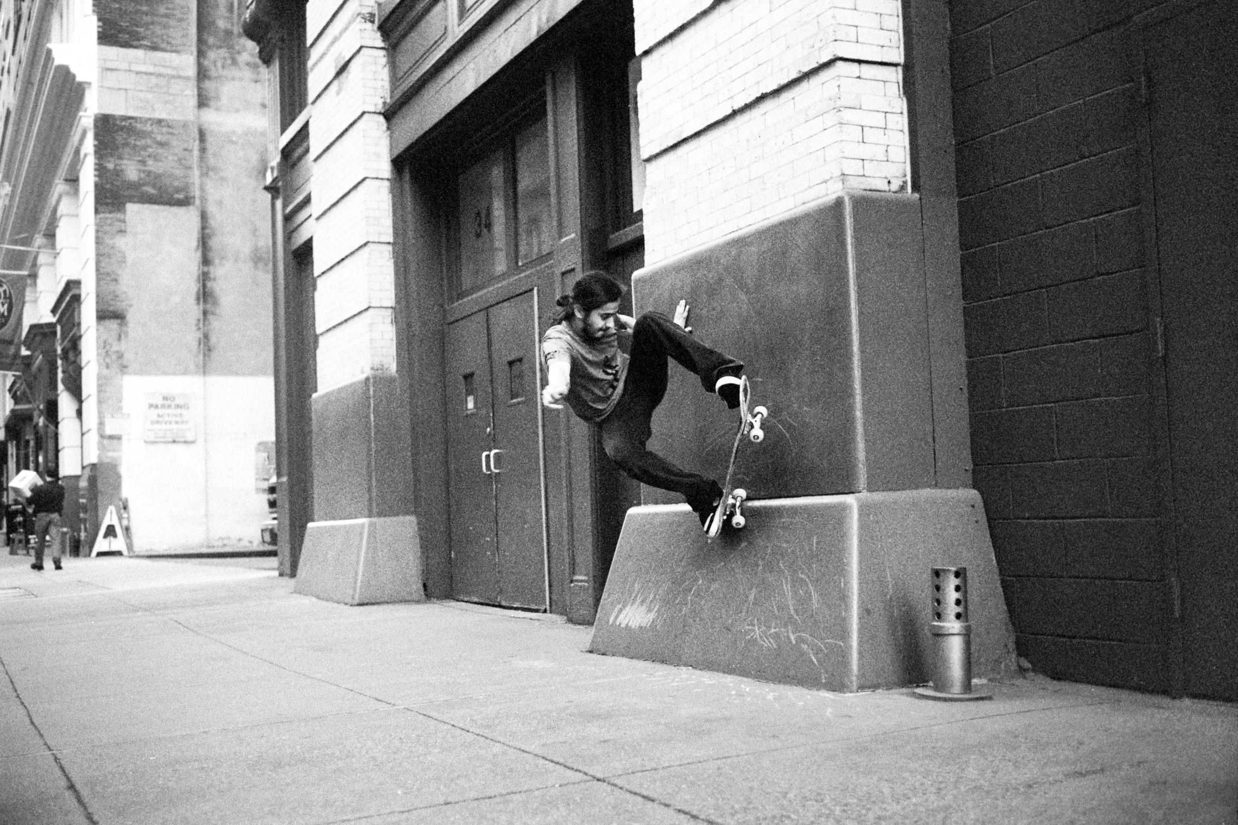 Eby Ghafarian / NY, NY