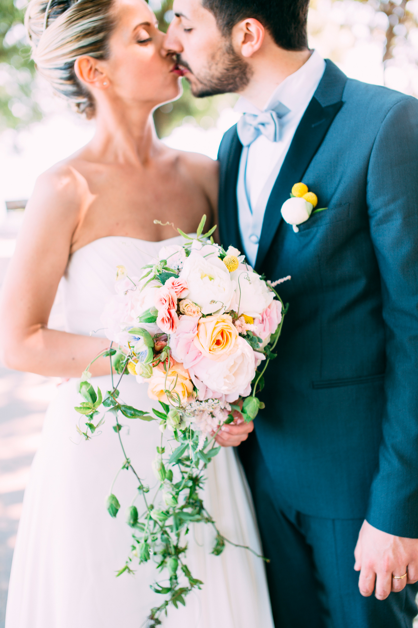 156-bride groom wedding portrait photographer marche conero.jpg