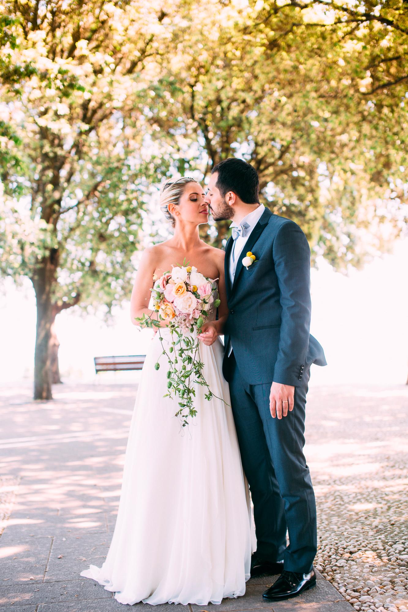 155-bride groom wedding portrait photographer marche conero.jpg