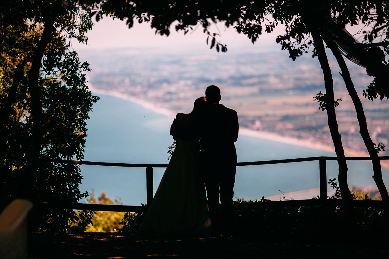 187-bride groom wedding portrait photographer marche conero.jpg