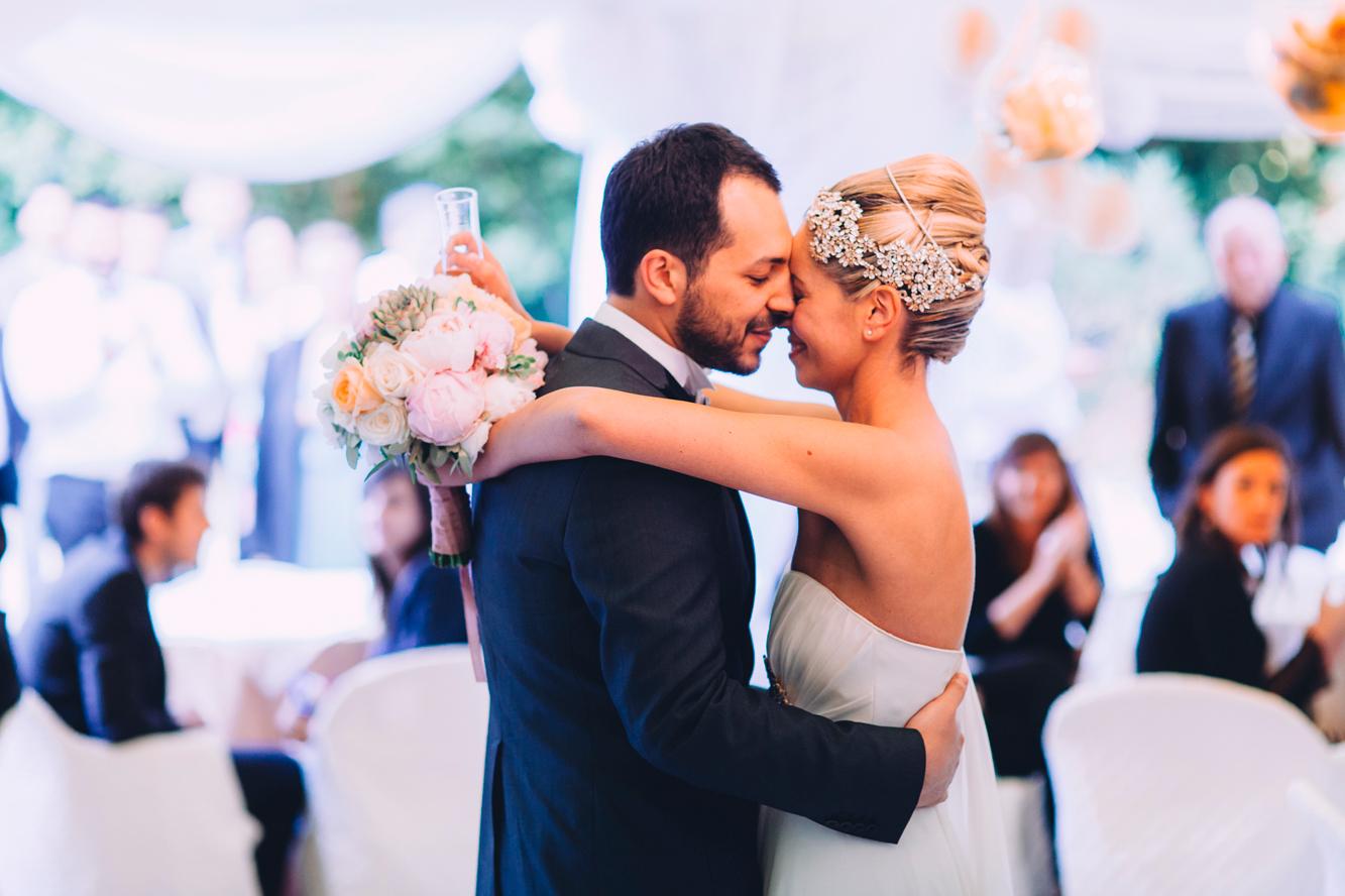 214-groom bride kiss dancing monteconero wedding.jpg