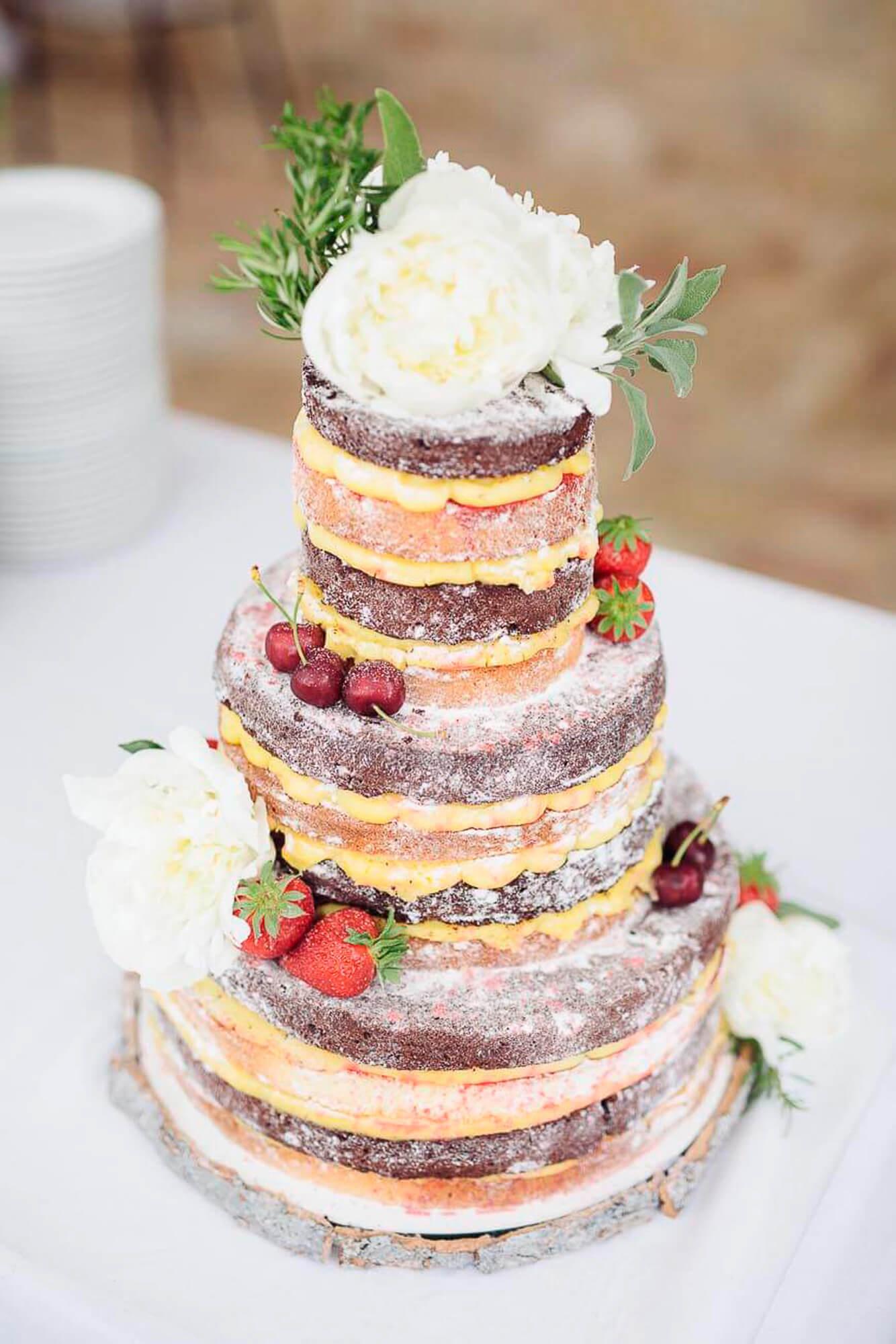 129_wedding_cake.jpg