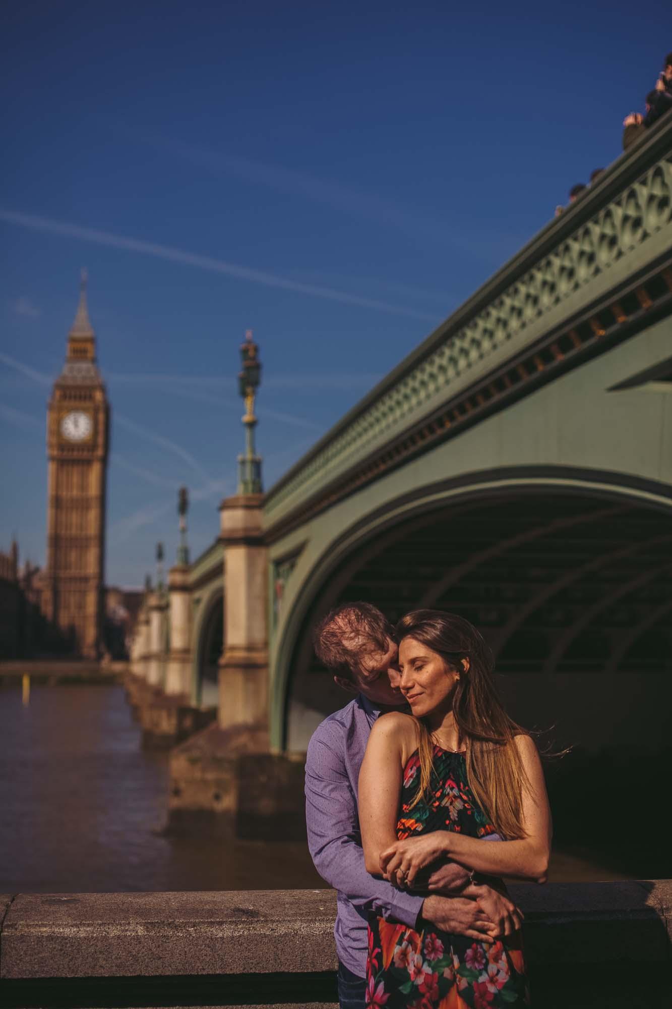 41_london engagement_london bridge_wedding.jpg