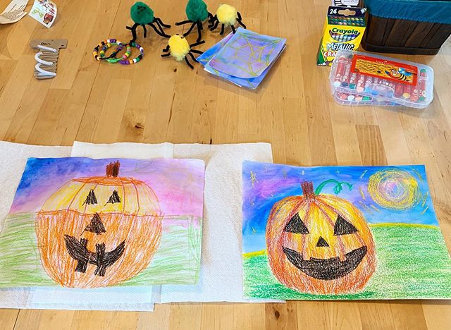 So much fun this weekend with B creating some Halloween art. We took inspiration from the October @wecraftbox (which we loved) and used the extra supplies to create additional art. . . . #makersgonnamake #everychildisanartist #momlifebelike #designlife #momlife #halloweenart #boymom #artlife #littleartist #createsomethingeveryday