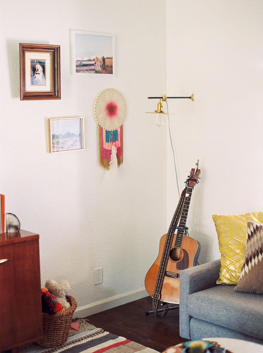 mid century modern living room-12.jpg