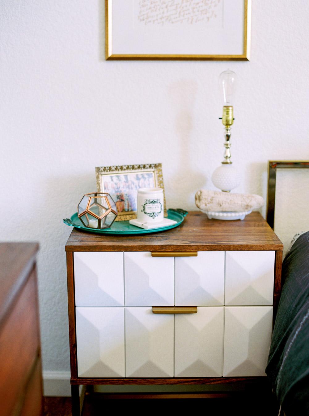 Mid century modern bedroom-4.jpg