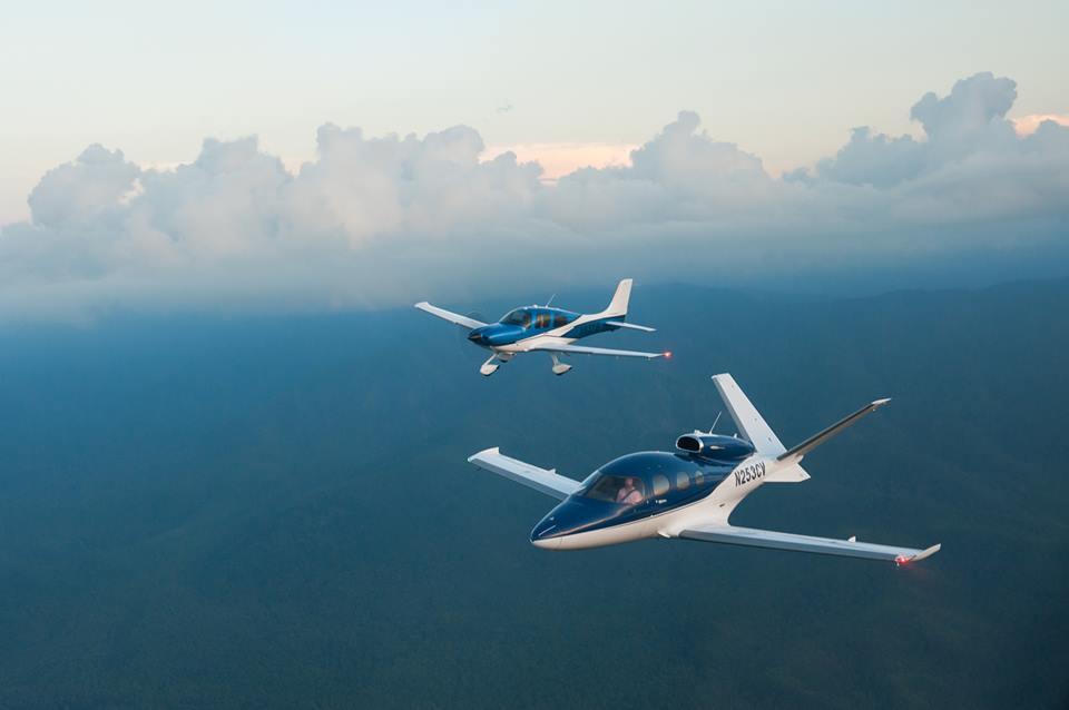 Cirrus Vision Jet Duluth SF50 SR22