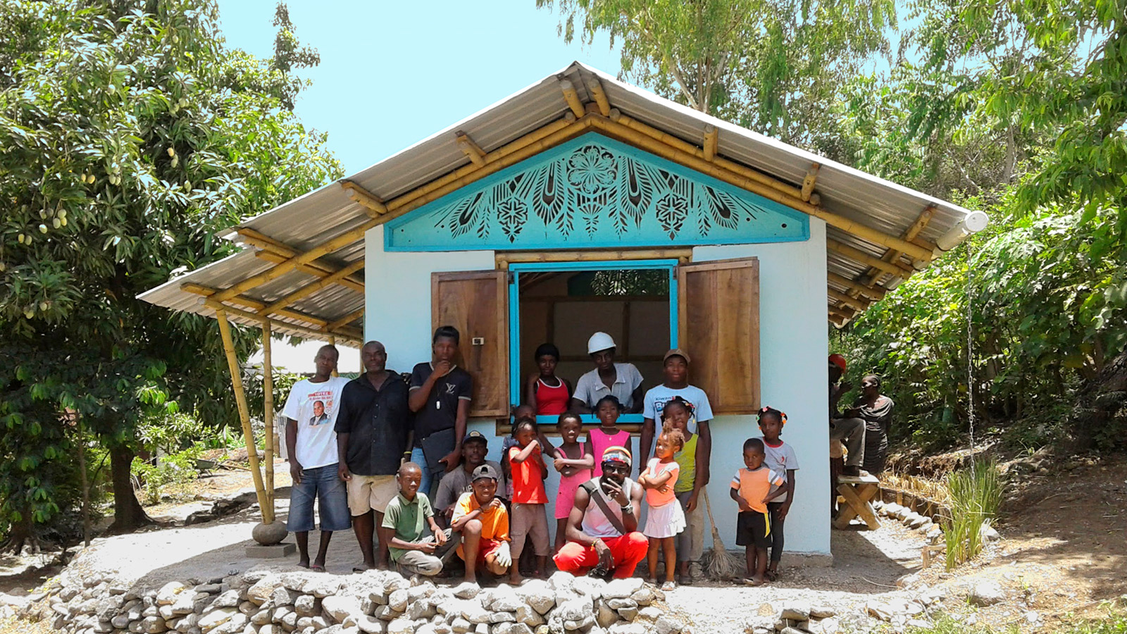 The-home-is-complete!-The-left-wing-of-the-3-part-Bamboo-home-in-Cormiers-Haiti_srgb.jpg