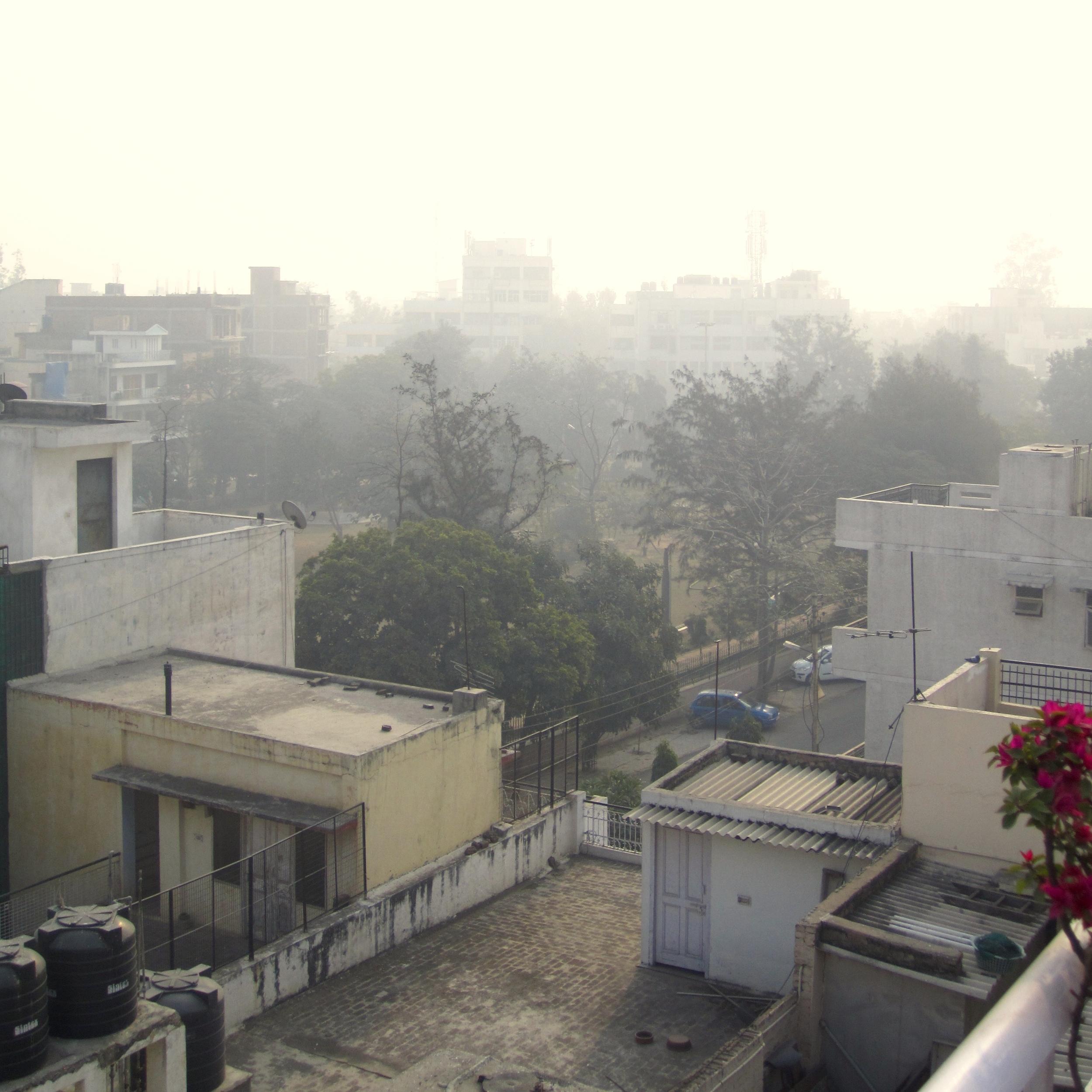 Delhi Agra 28Dec12 (3).jpg