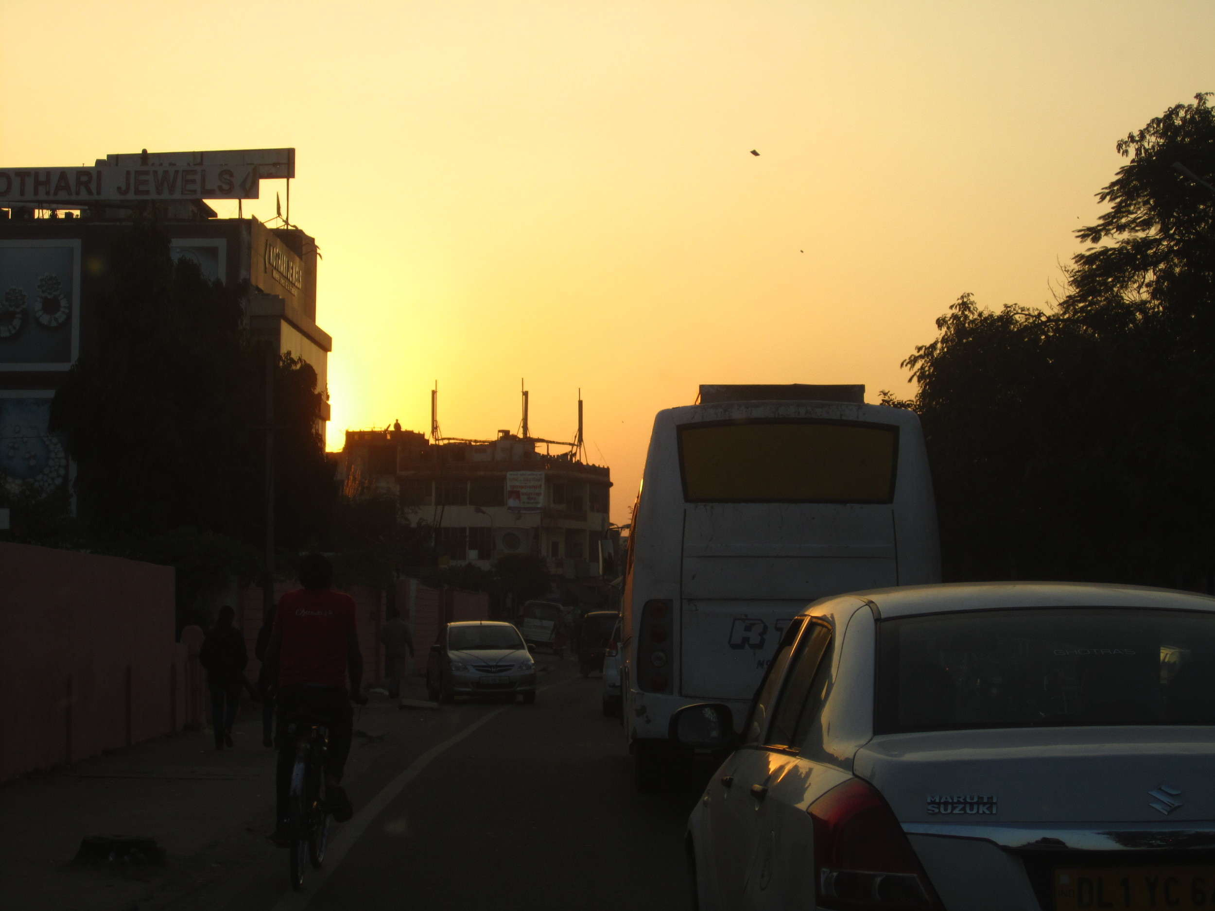 Elhi Agra_1Jan13 (8).JPG