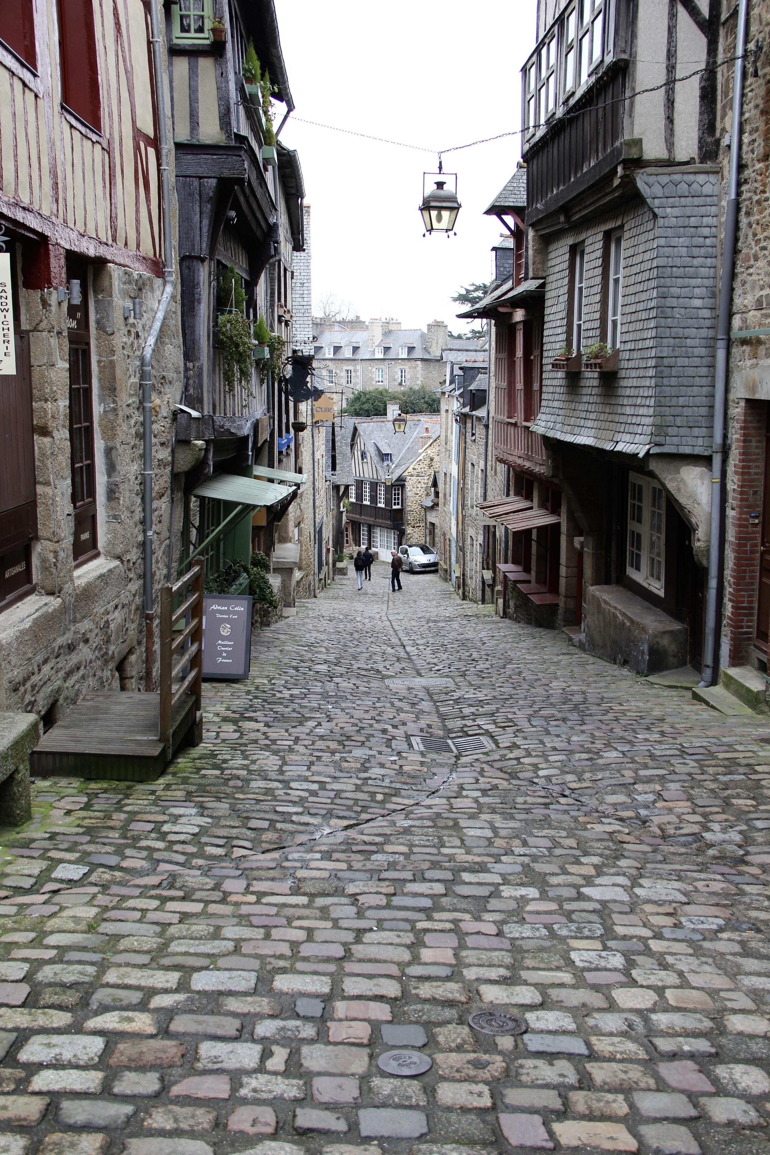 Rue du Petit-Fort, Dinan, France