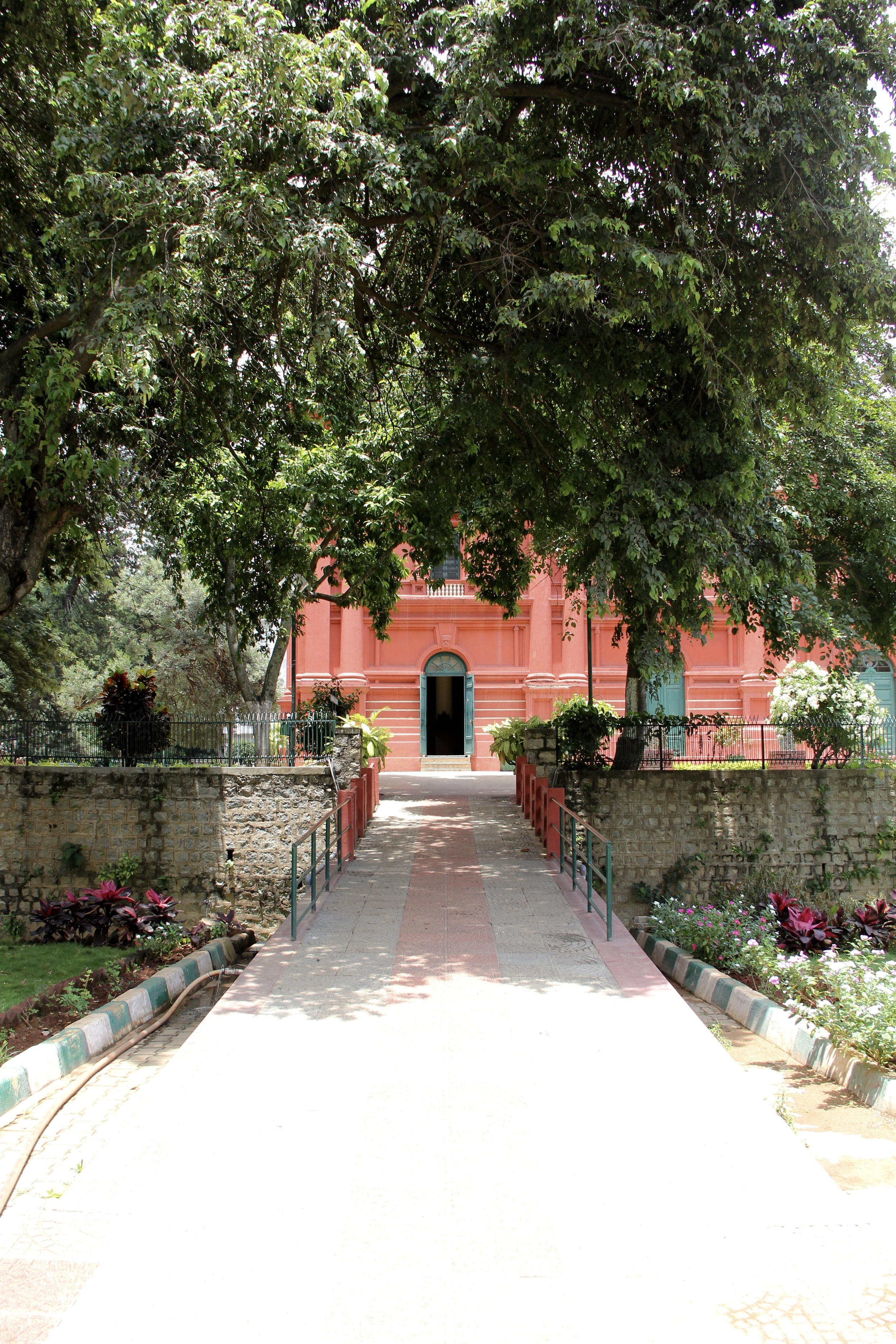 Government Museum & Art Gallery, Bangalore, India | Beyond Ordinary Guides