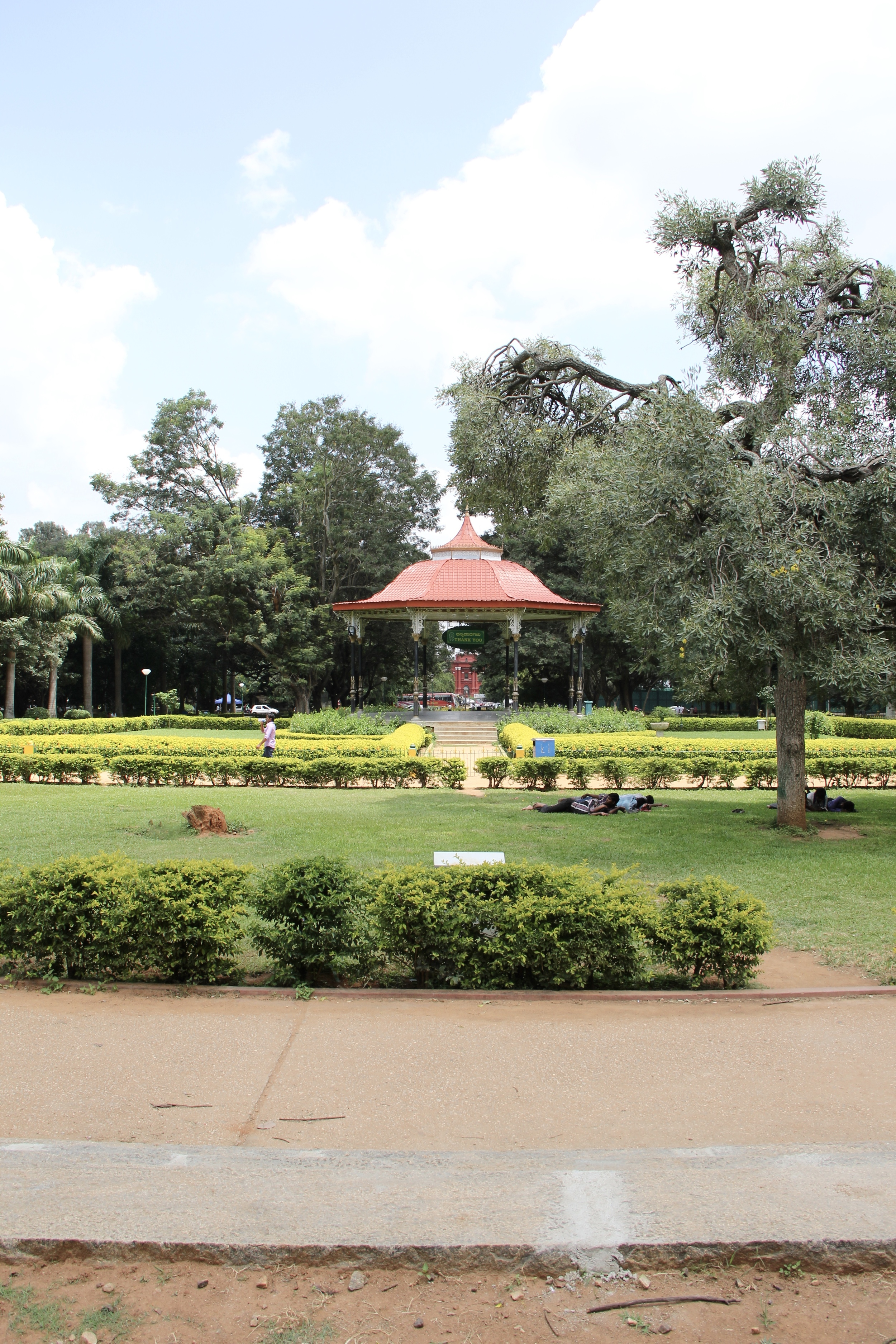 Cubbon Park, Bangalore, India | Beyond Ordinary Guides
