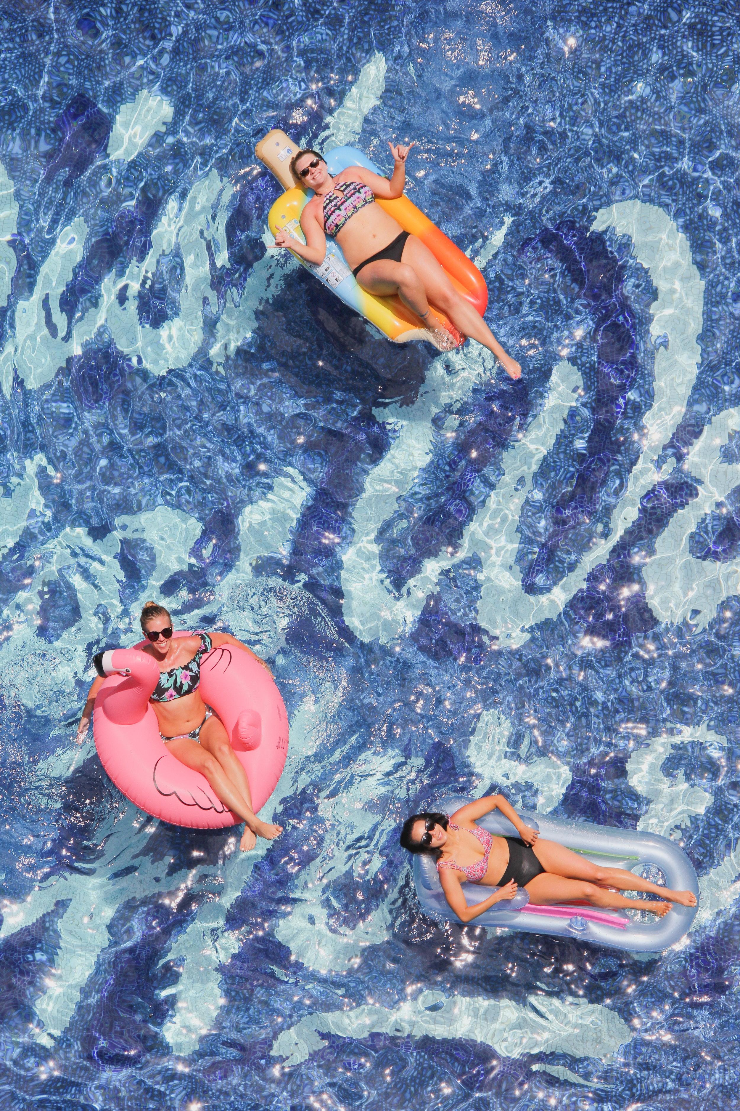 Floaties in the Surfjack pool