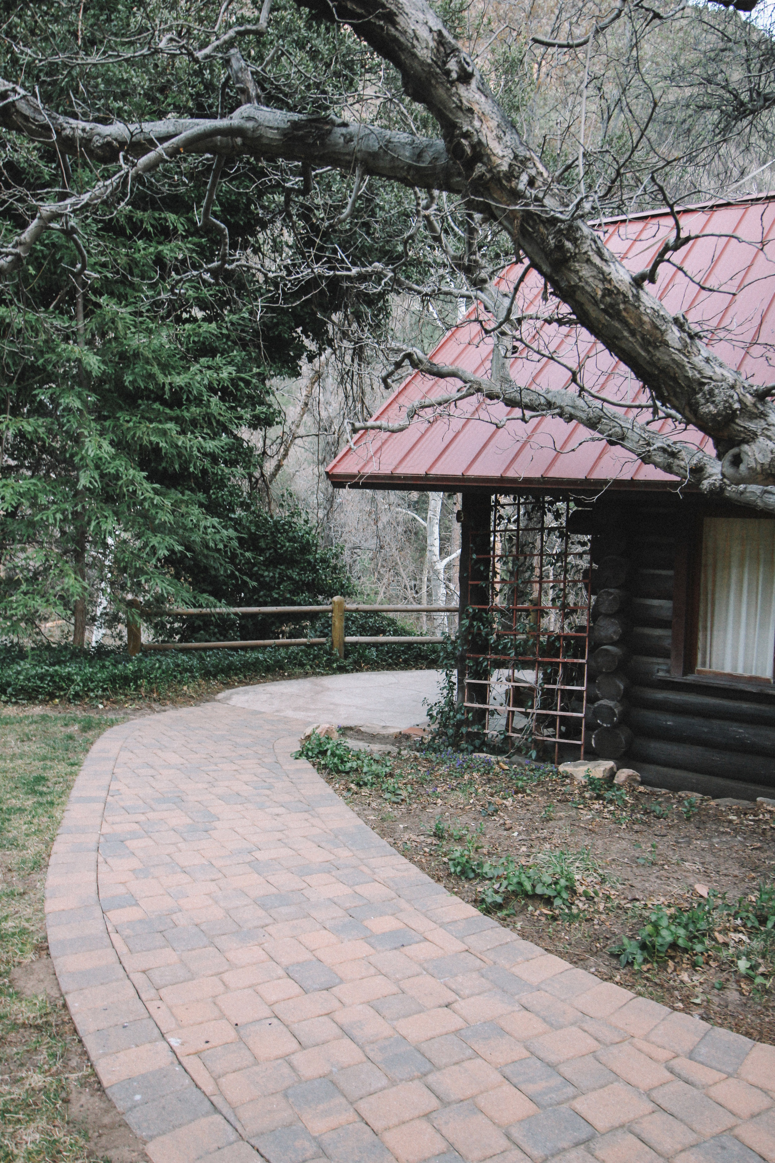 Orchard Canyon on Oak Creek Lodging Review-15.jpg