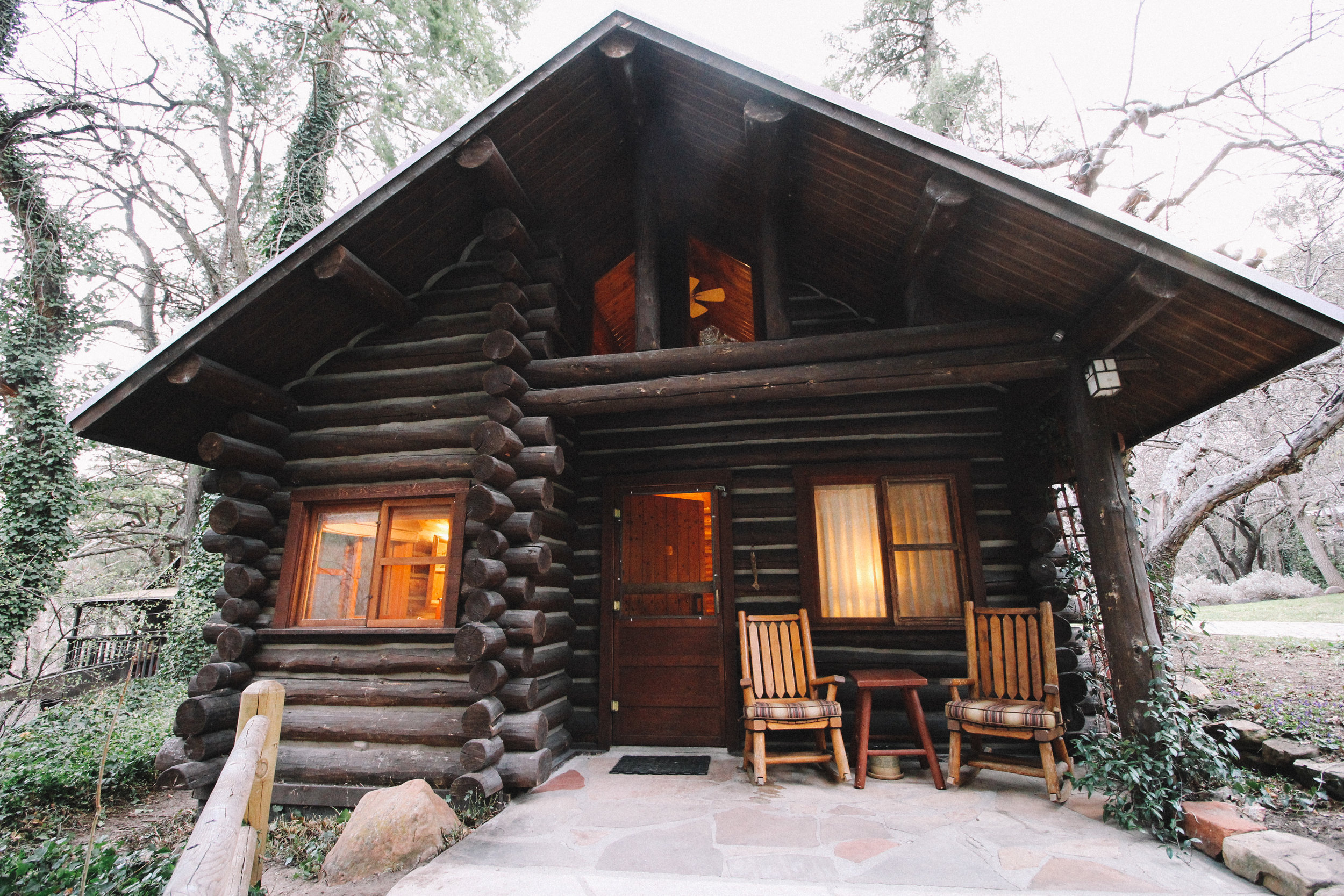 Orchard Canyon on Oak Creek Lodging Review-14.jpg