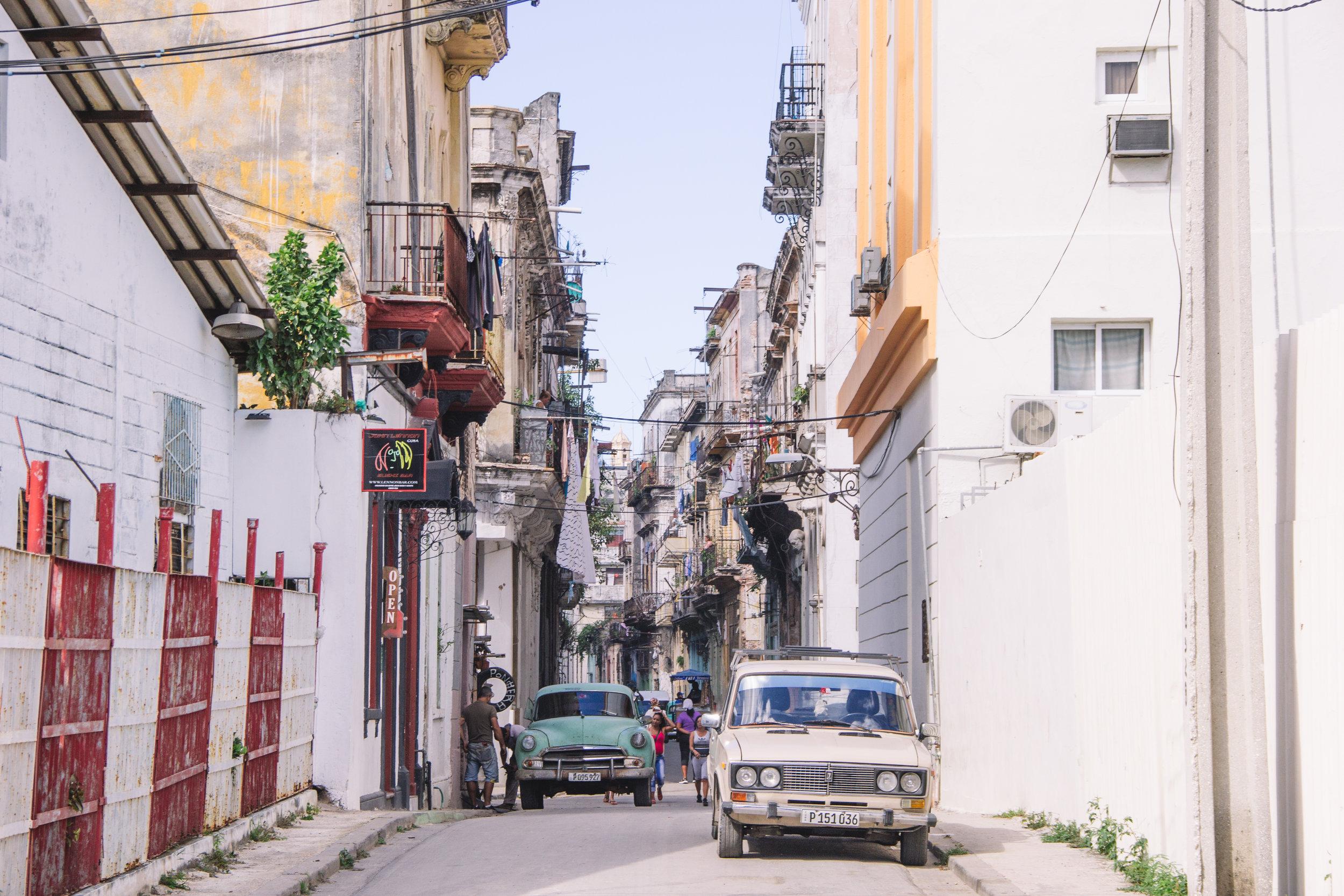 Cuban laundry-2.jpg