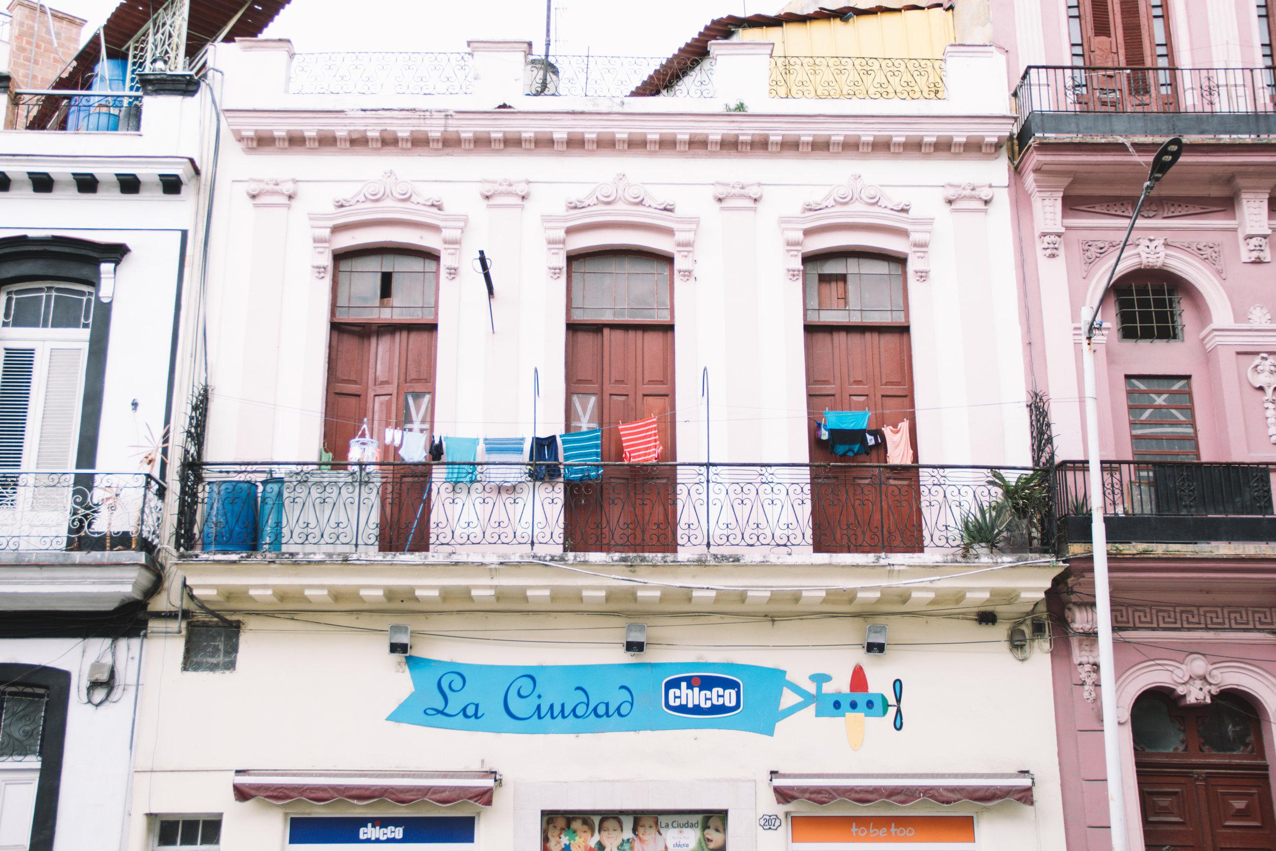 Cuban laundry-12.jpg