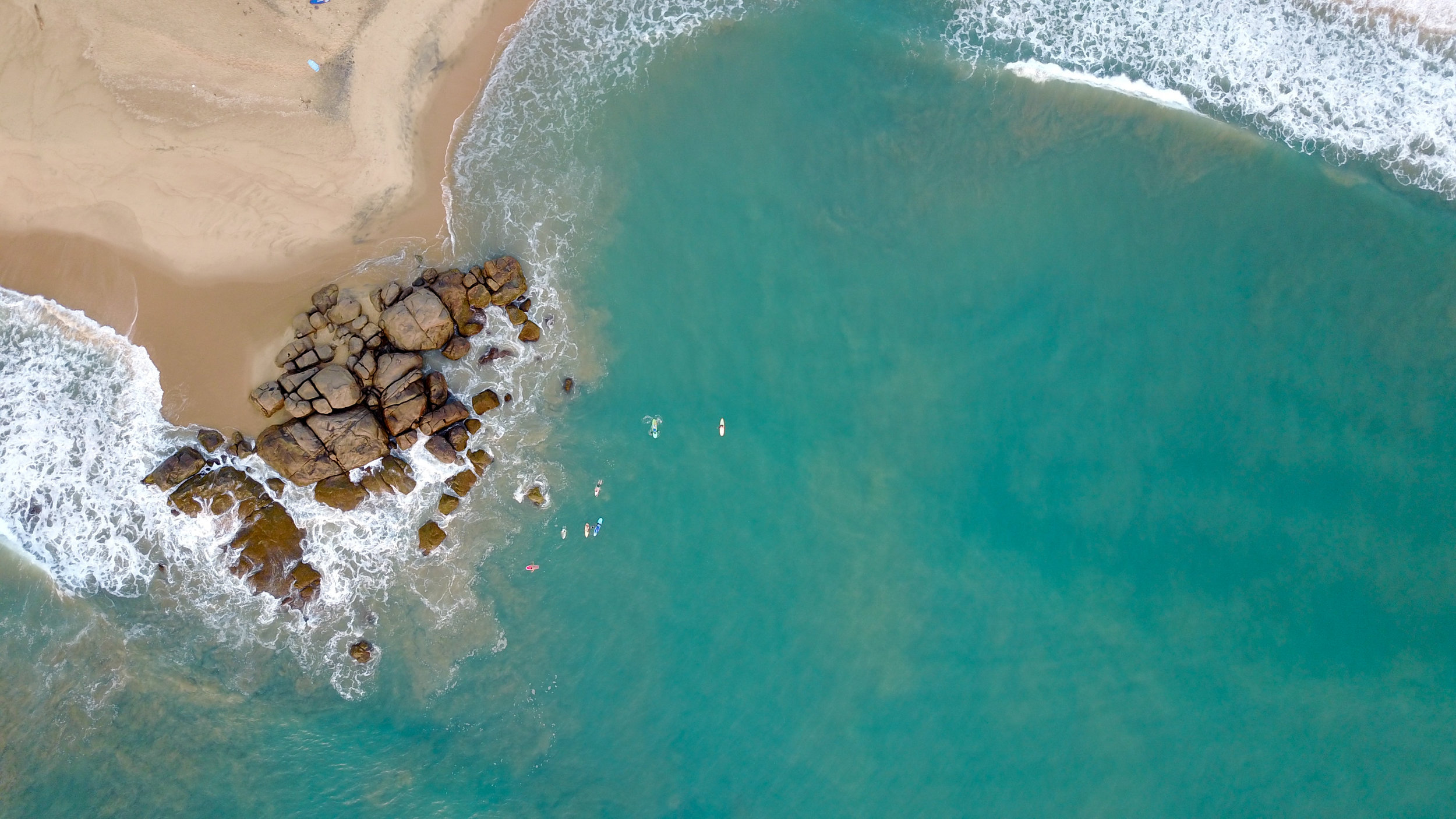 Surfing in Arugam Bay-5.jpg
