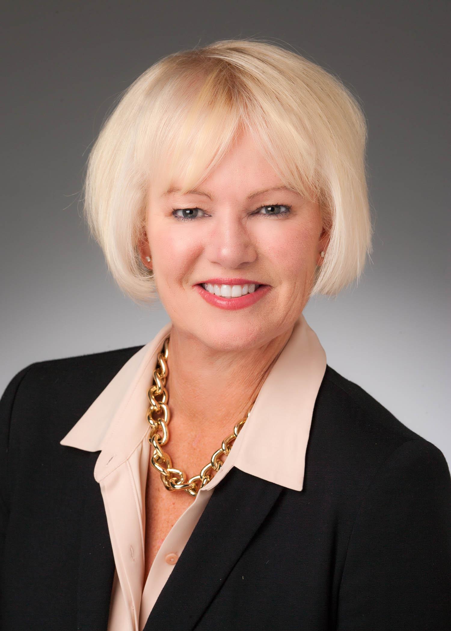 Linda Hoffman 6188.jpg