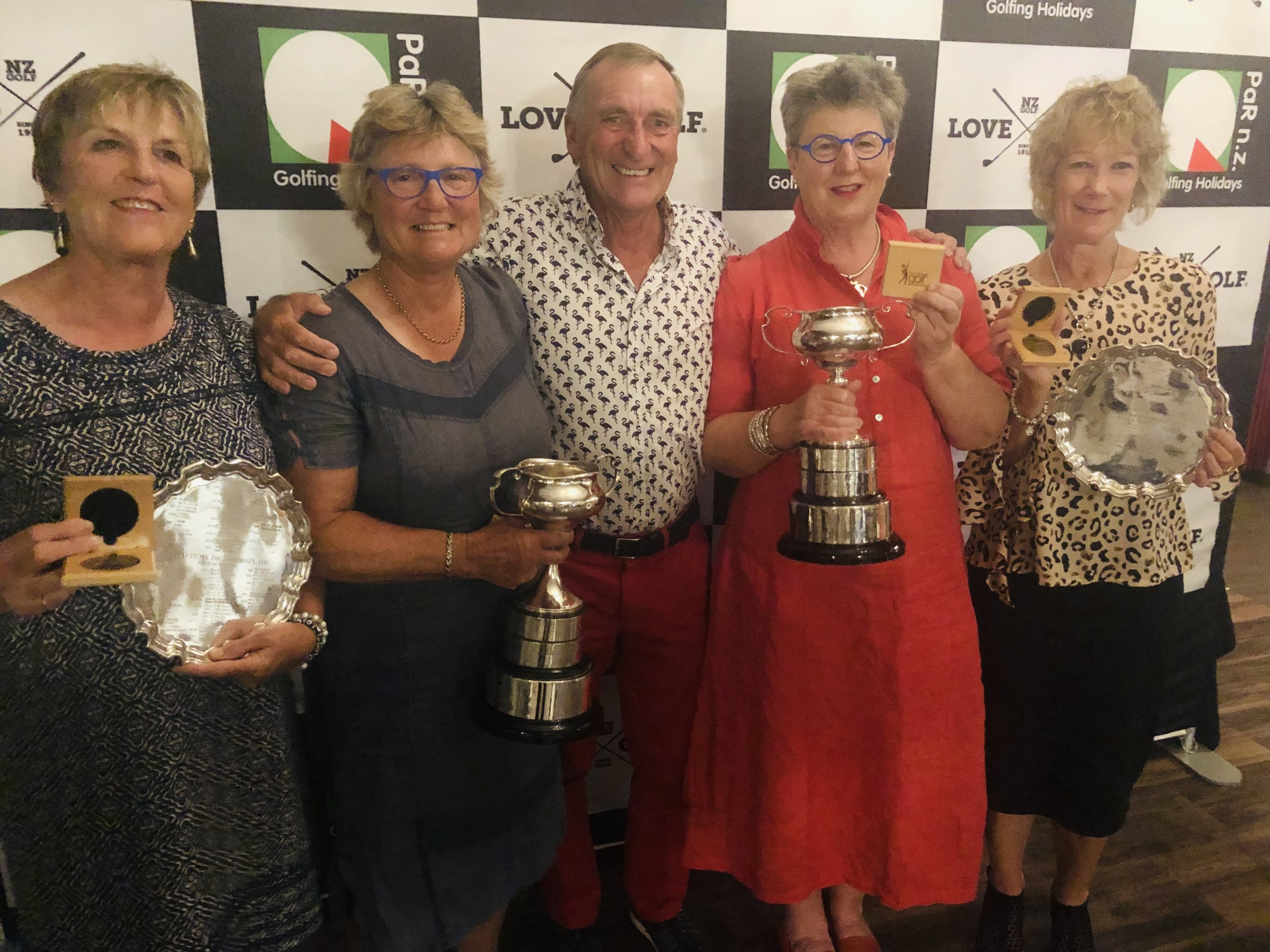 Photo from left Pam Johnston, Helen Green, Murray Armstrong (Paraparaumu Golf Chairman), Janet Myers, Heather Gifkins