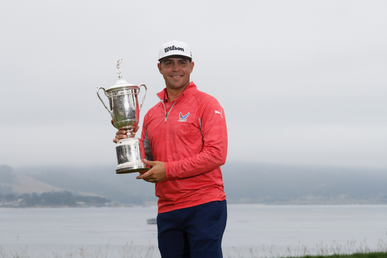 Gary Woodland poses with the trophy following his three-stroke victory in the US Open at Pebble Beach. (Copyright USGA/JD Cuban)