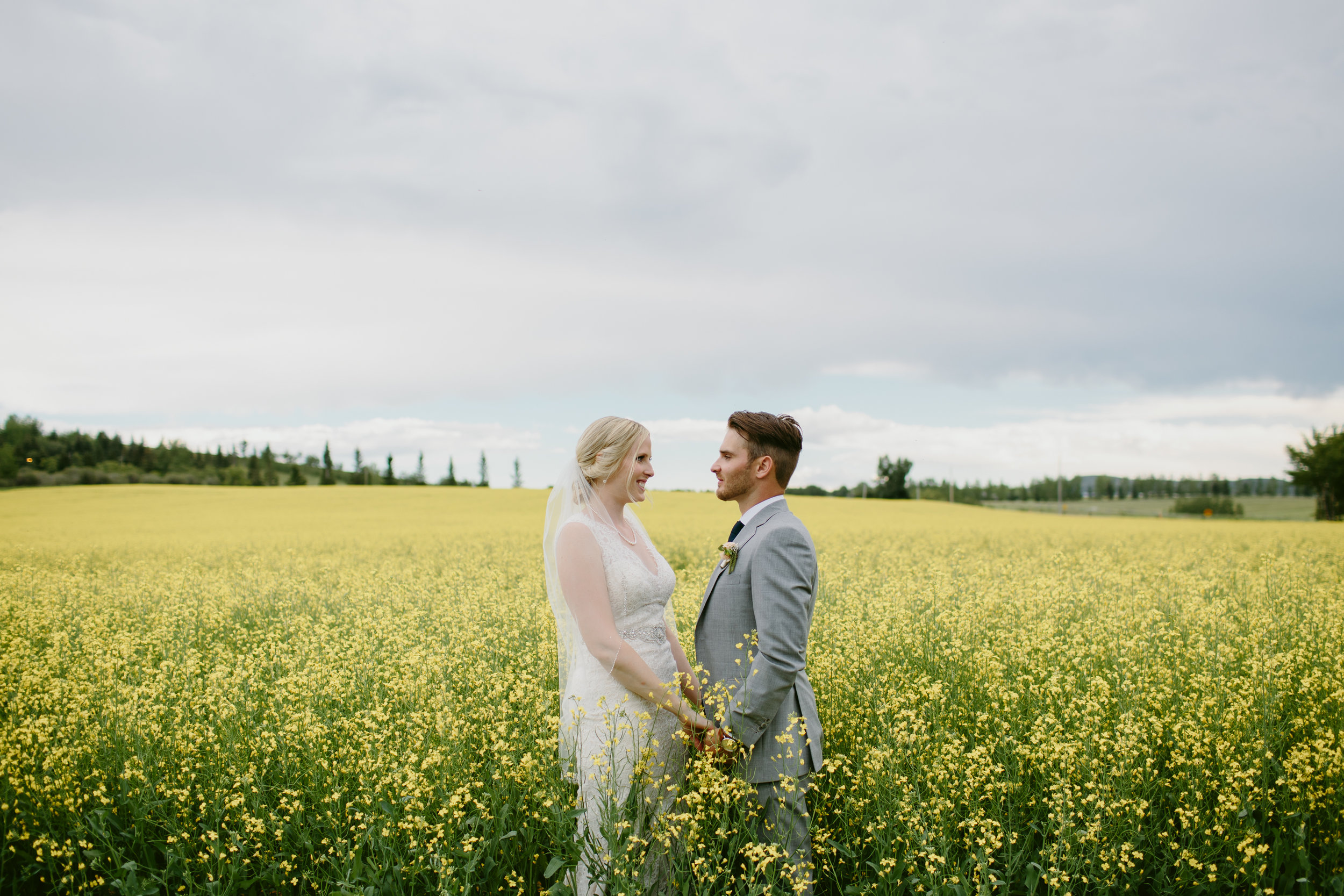 calgary-wedding-photographer-50.jpg