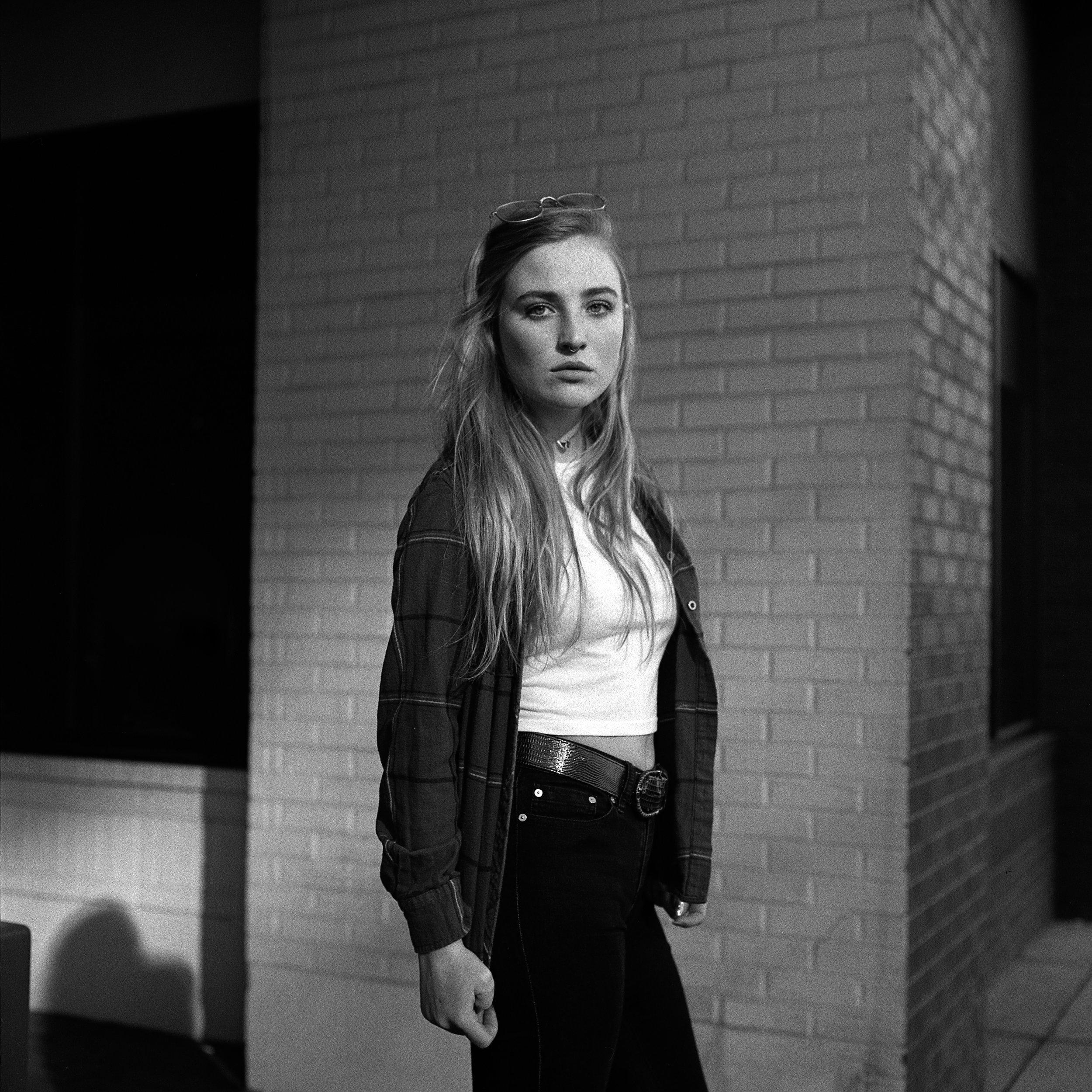 Hannah_Rolleiflex-2.jpg