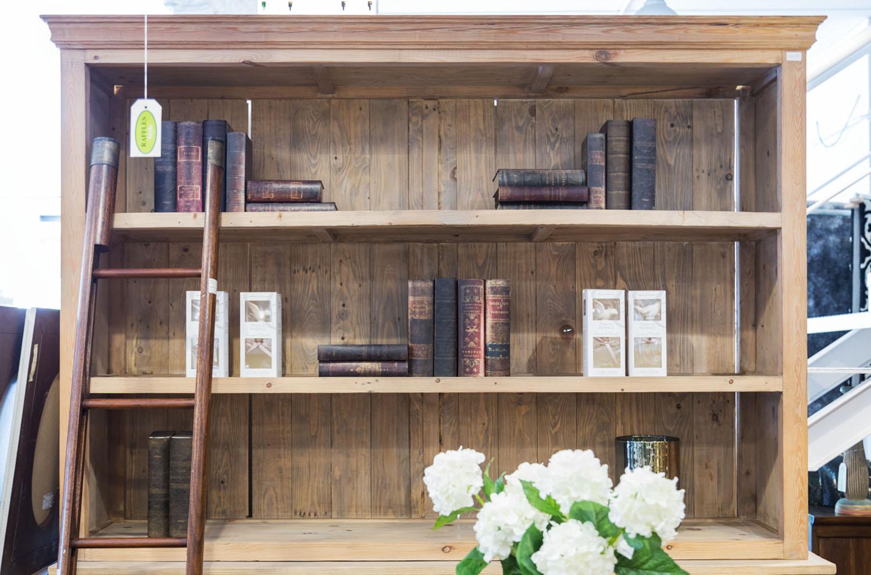 Librerias y estanterias -