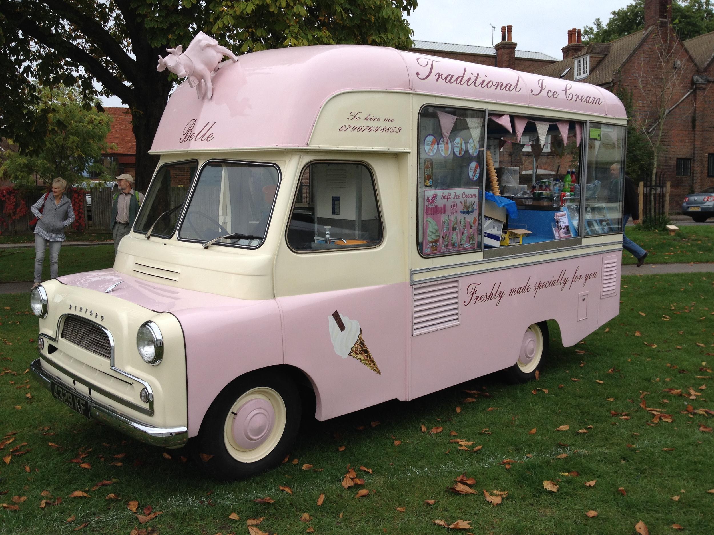 Belle - Vintage ice cream van, Kent