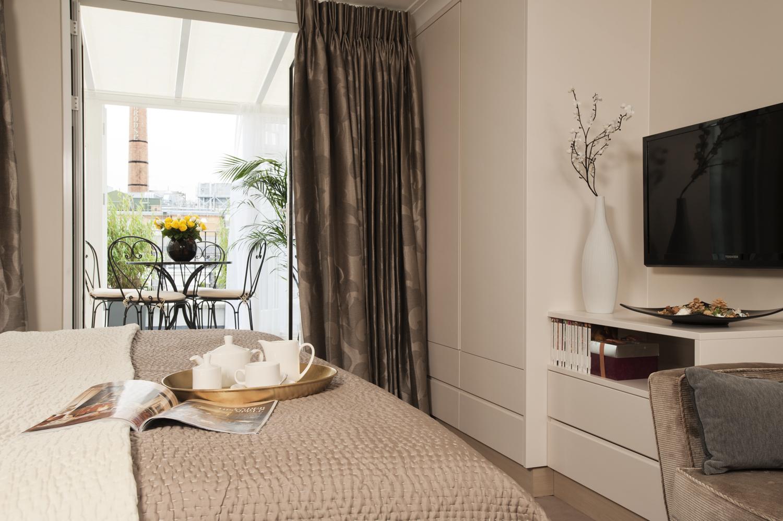 Calverey_Apartments_Bedroom.jpg