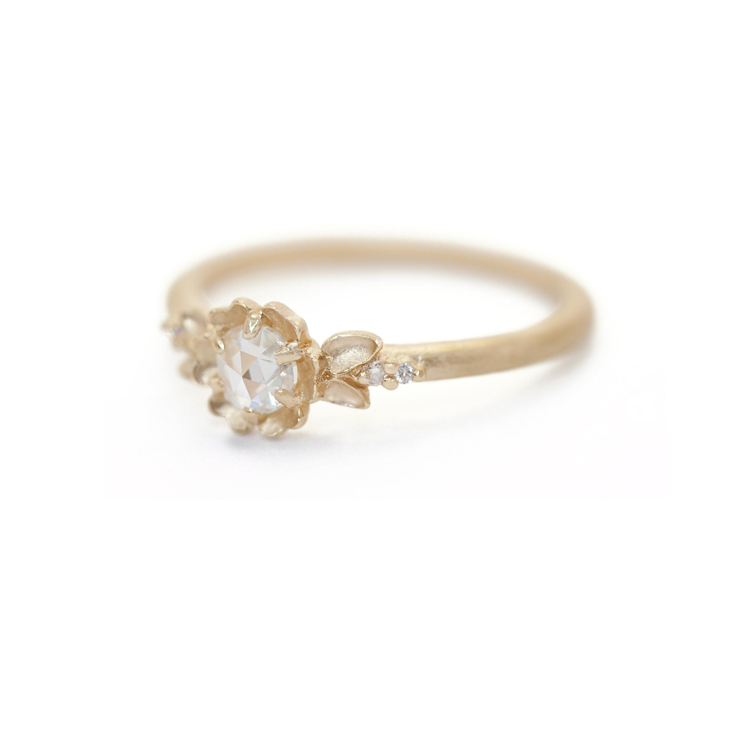 Buttercup Kaye Ring (MT5504)