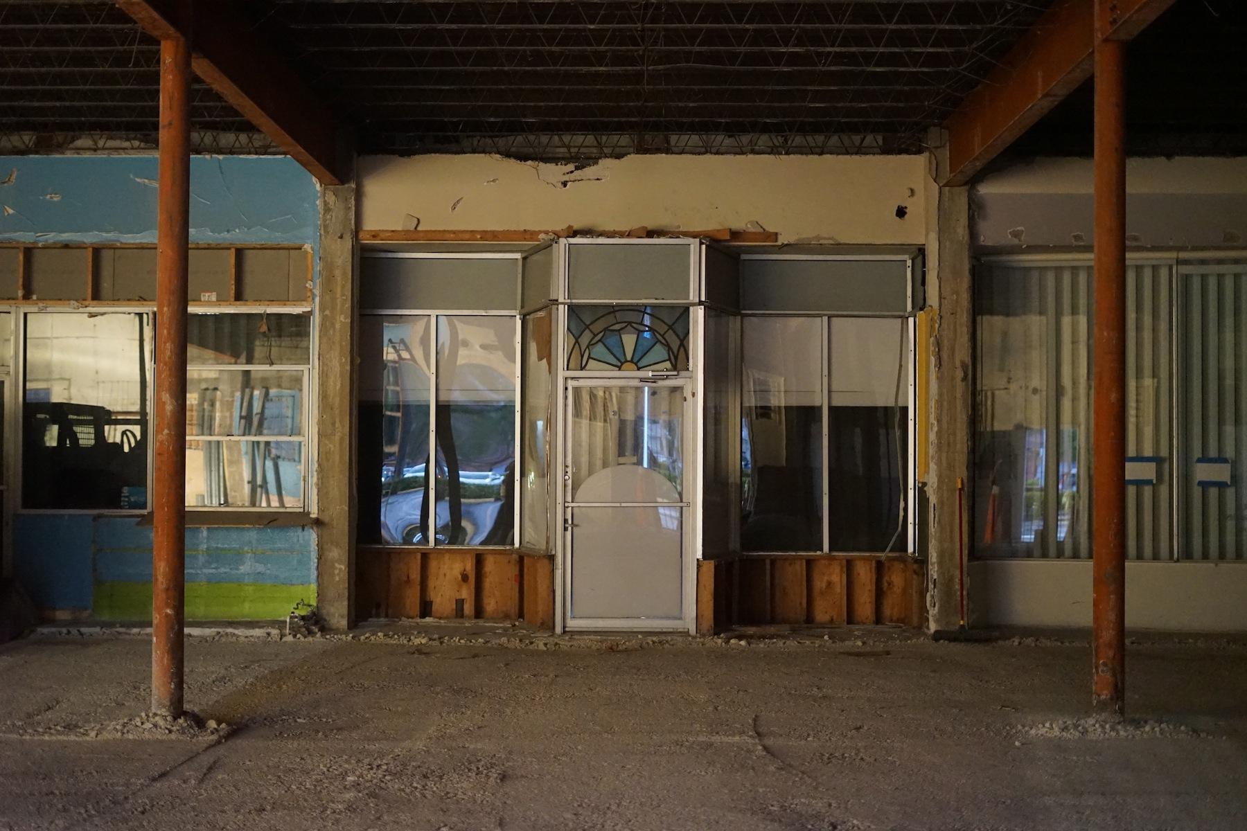 Valls_interior storefronts_elespacio_1800. copy.JPG