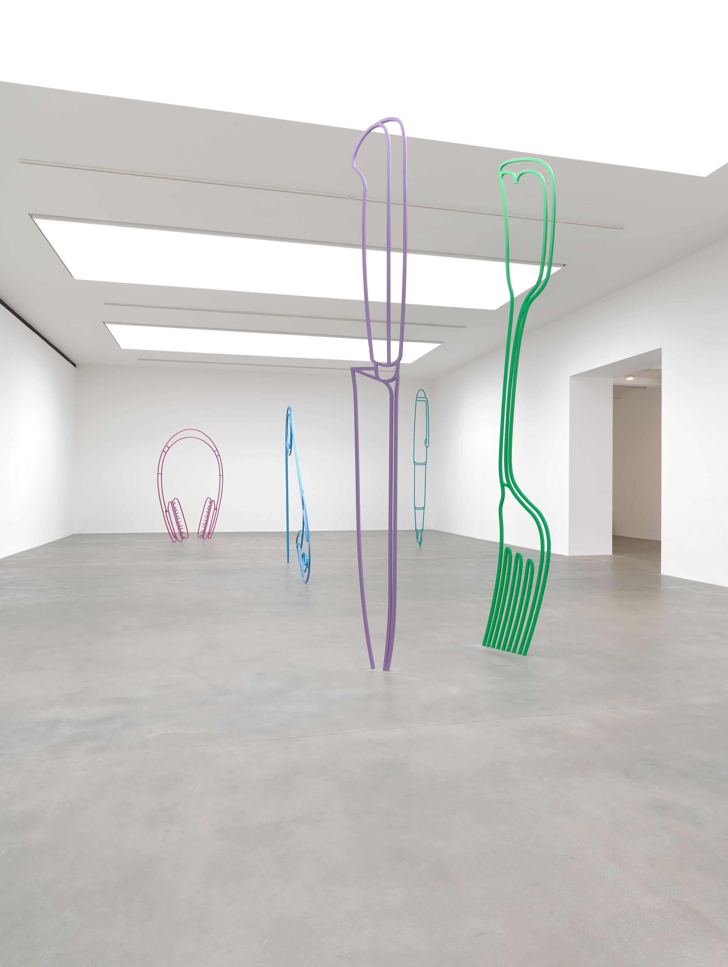 CRAIG-2019-Sculpture-Installation-view-L.jpg