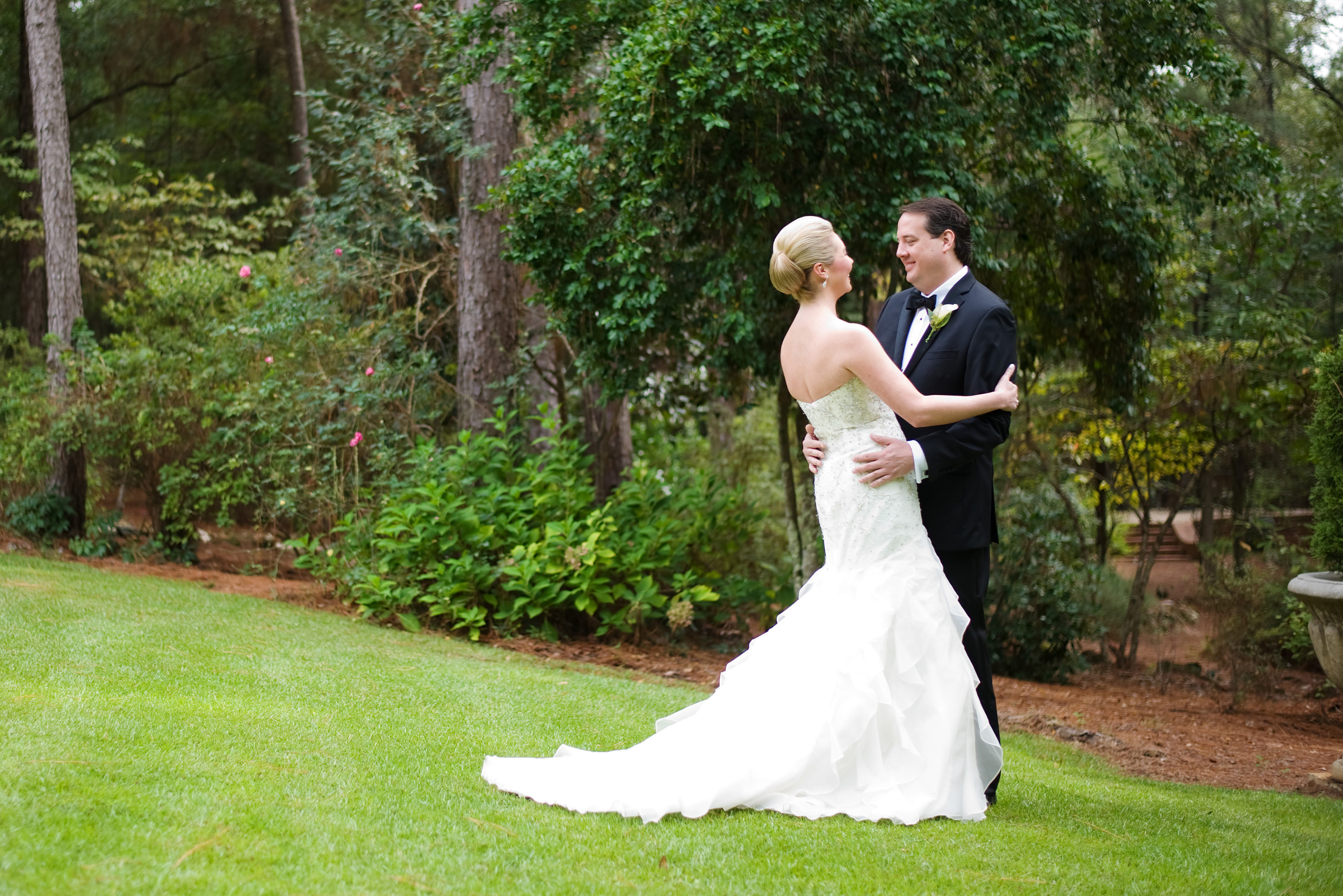 Handley Breaux Designs | Alabama Wedding | Simple Color Photography | Alabama Wedding Planner | Enterprise Wedding | Southern Wedding | Southern Wedding Planner | Classic Wedding