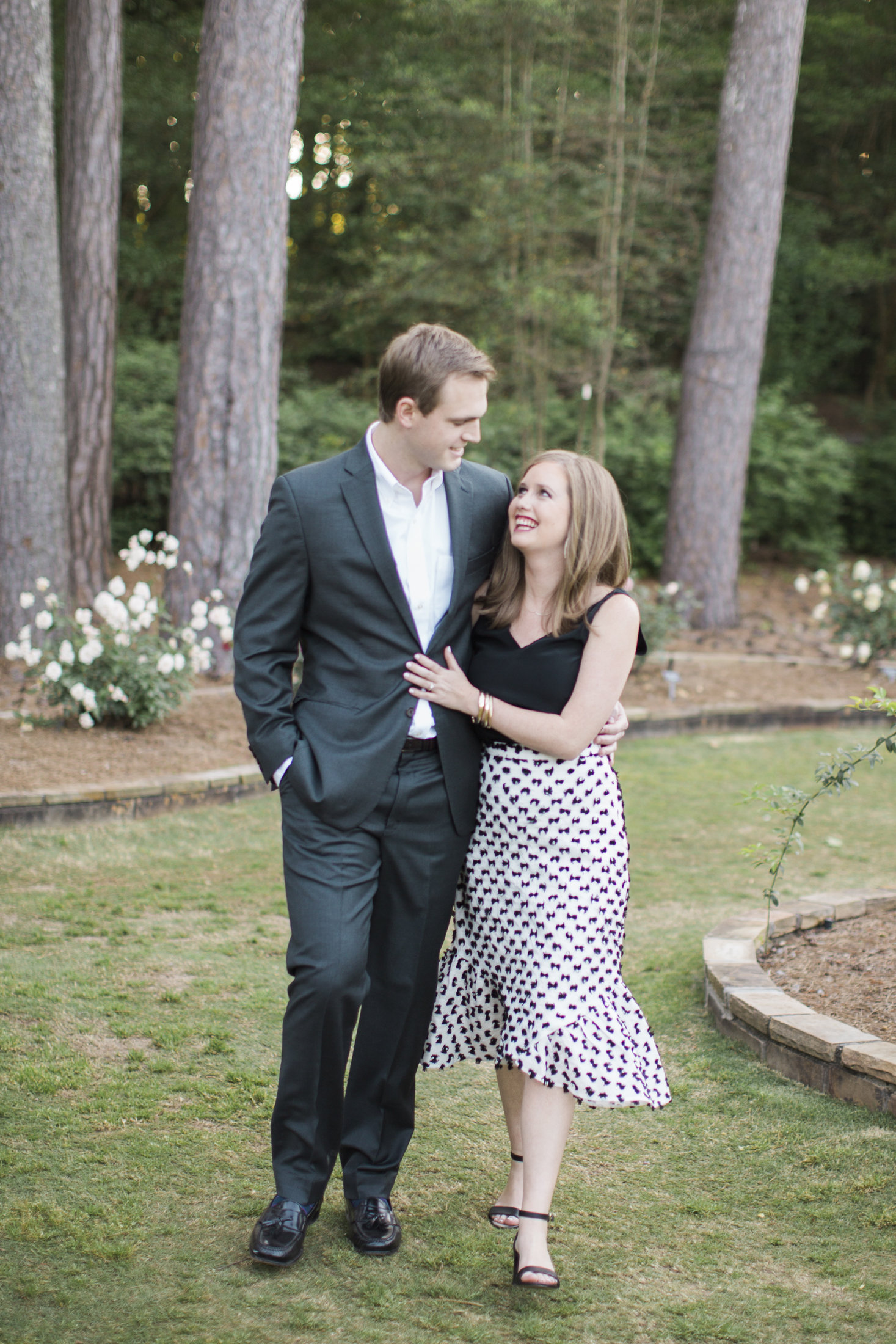 Handley Breaux Designs | Southern Wedding | Birmingham Wedding | Engagement Photos | Southern Bride