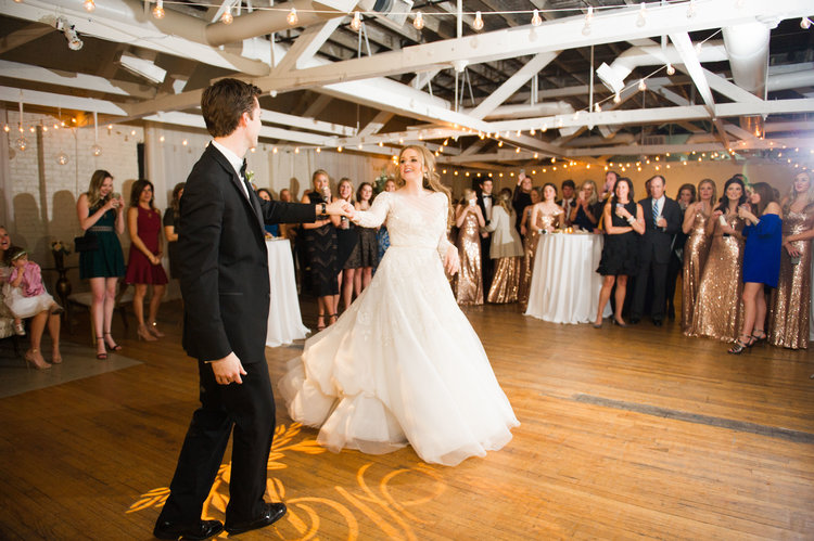 Handley+Breaux+Designs+_+Southern+Wedding,+Southern+Wedding+Planner,+Southern+Bride,+Alabama+Bride,+Alabama+Wedding,+Alabama+Wedding+Planner,+Birmingham+Bride,+Birmingham+Wedding+Planner,+Birmingham+Wedding,+Winter+Wedding,+Winter+Bride.jpg