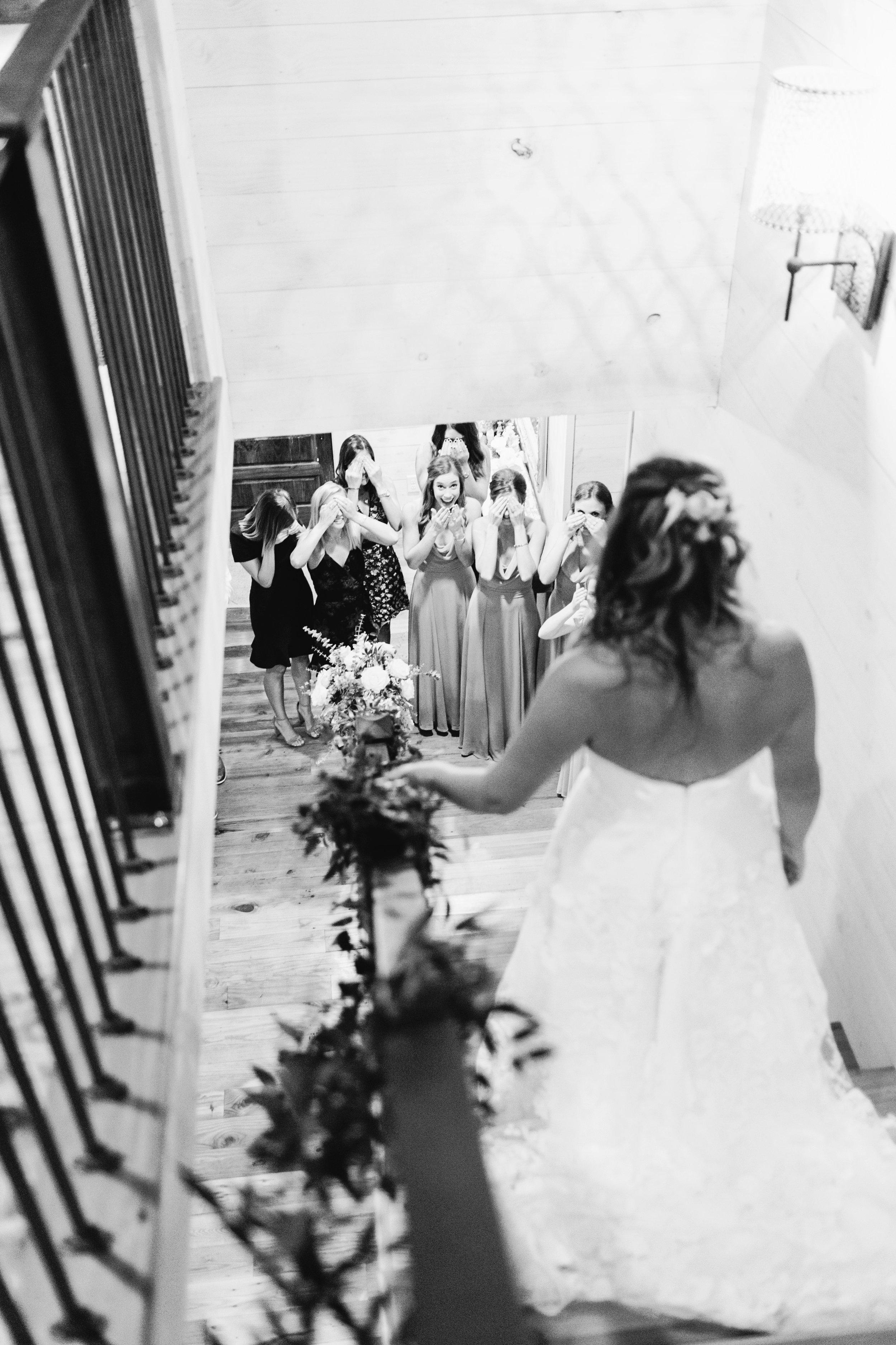 01_Bride Getting Ready_173.jpg