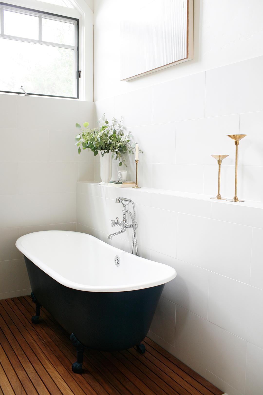 06-JGID-Sun-Valley-Bathroom-Remodel.JPG