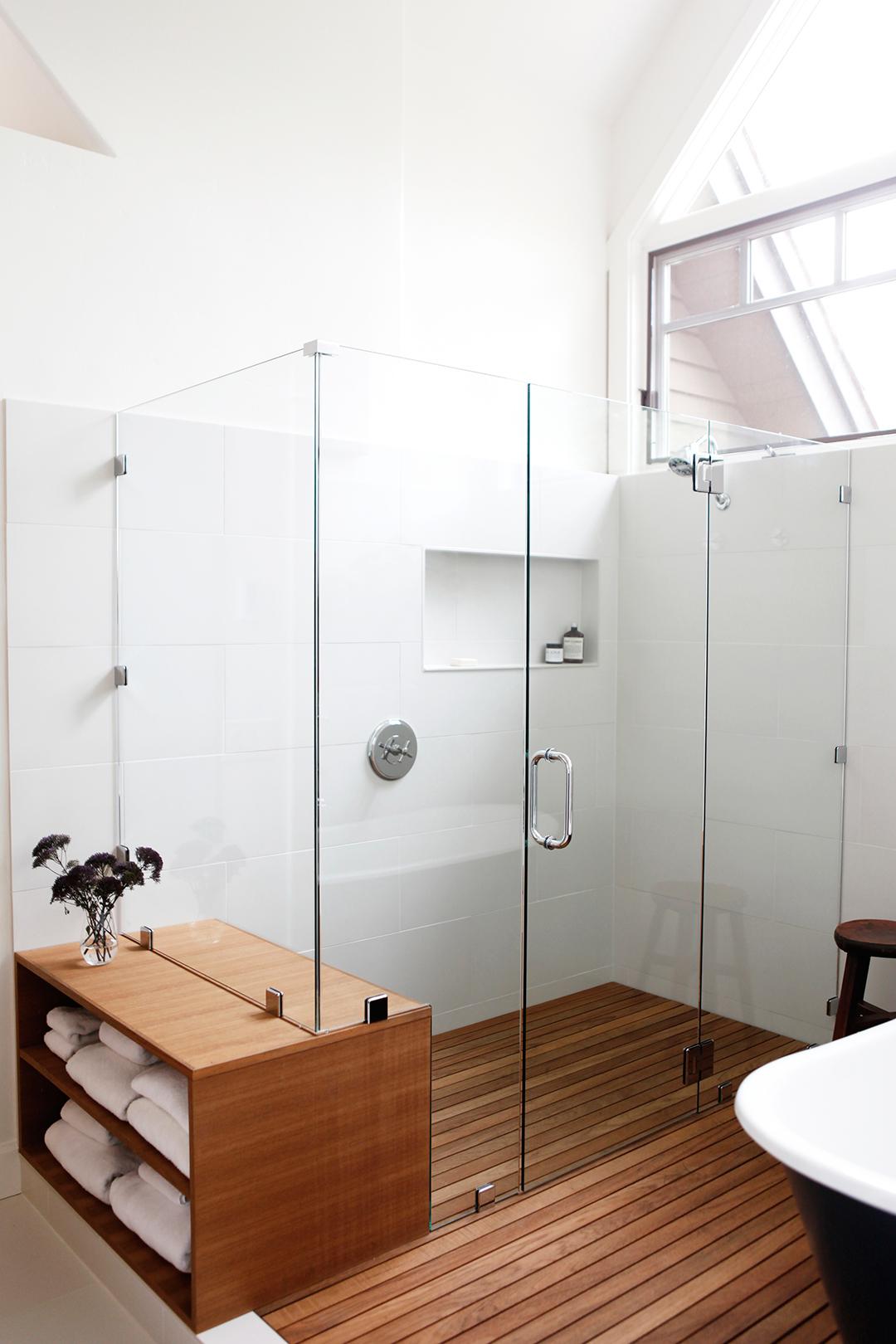 10-JGID-Sun-Valley-Bathroom-Remodel.JPG