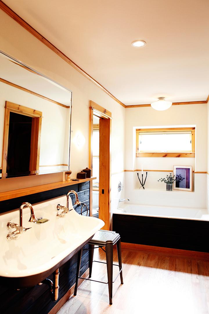 02_JGID_Sun Valley Guest Bath Remodel.JPG