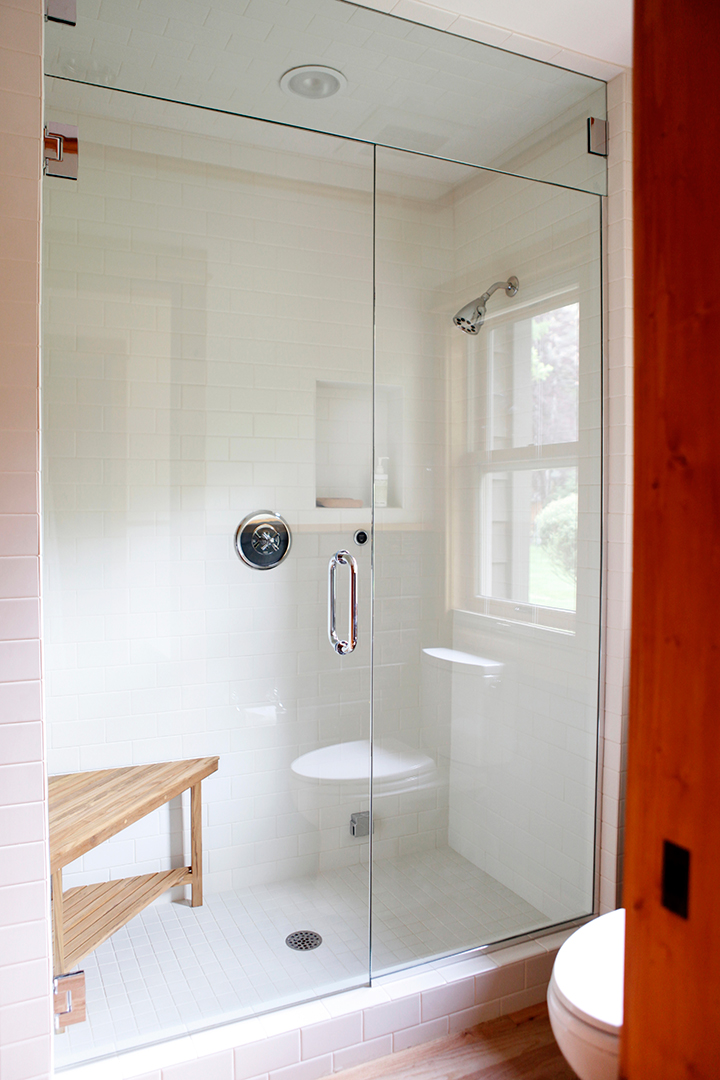 03_JGID_Sun Valley Guest Bath Remodel.JPG