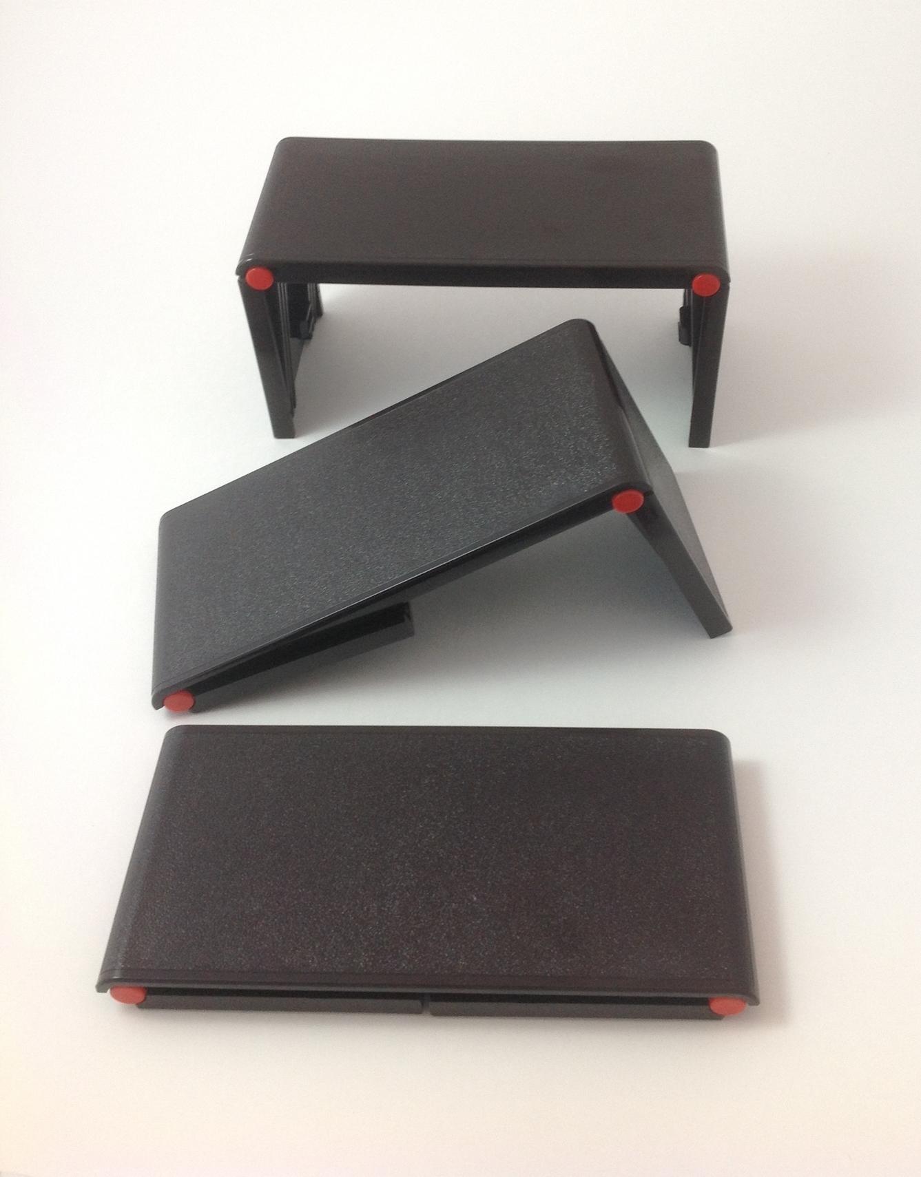 footrest in lightbox.JPG