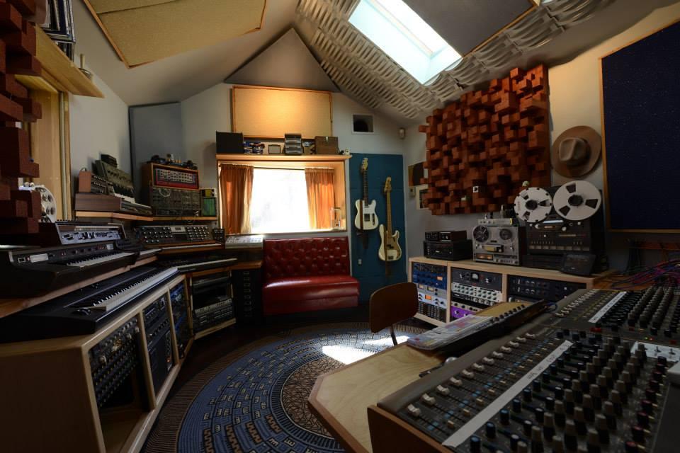 outlier studio a.jpg