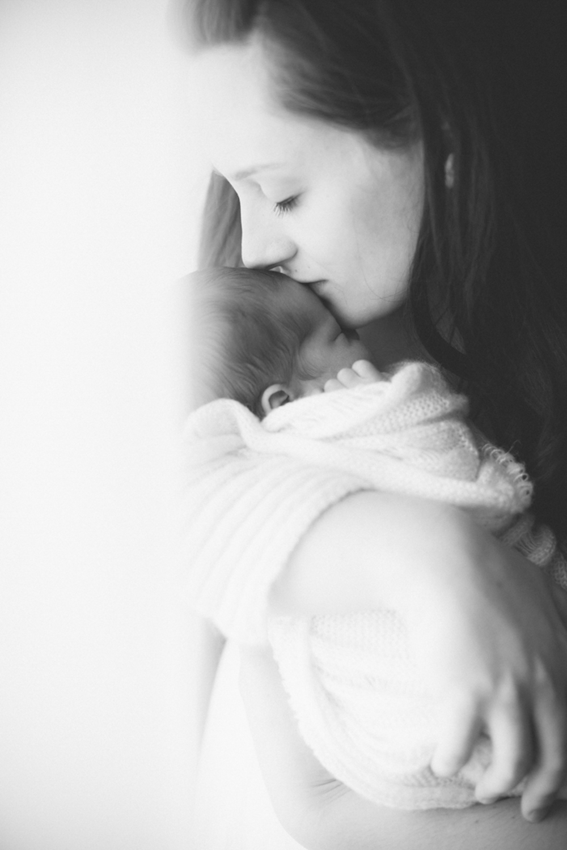 chrystal_cienfuegos_newborn-33.jpg