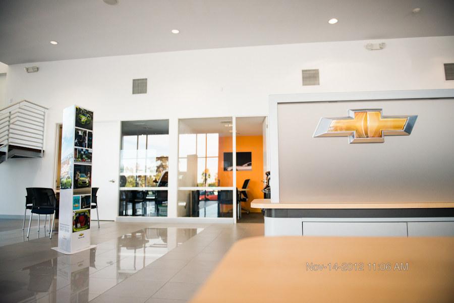 interior_sroom_reception_logo_1.JPG