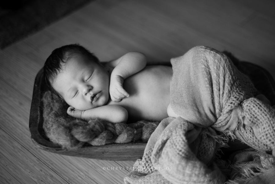 chrystal_cienfuegos_newborn-7.jpg