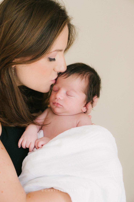 san_diego_newborn_chrystal_cienfuegos-13.jpg